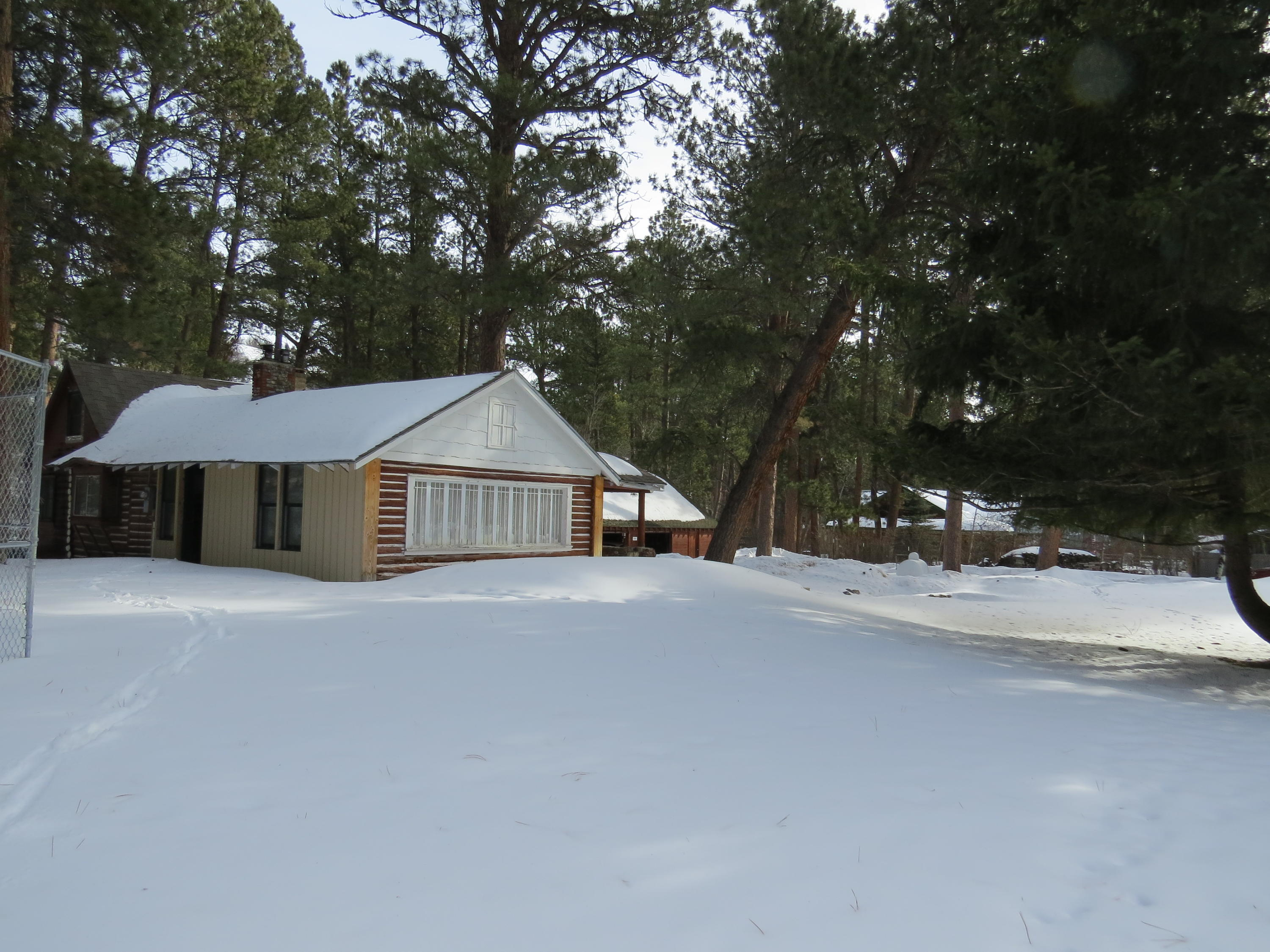 21 Pine Dale Avenue, Story, Wyoming 82842, 2 Bedrooms Bedrooms, ,1 BathroomBathrooms,Residential,For Sale,Pine Dale,19-149