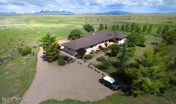 Photo of 393 Curly Horse Road, Sonoita, AZ 85637