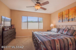 2 br Home in Green Valley