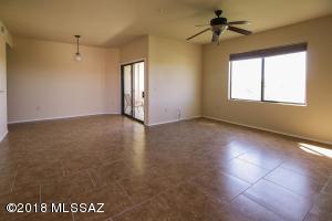 Property for sale at 2550 E River Road Unit: 20301, Tucson,  AZ 85718