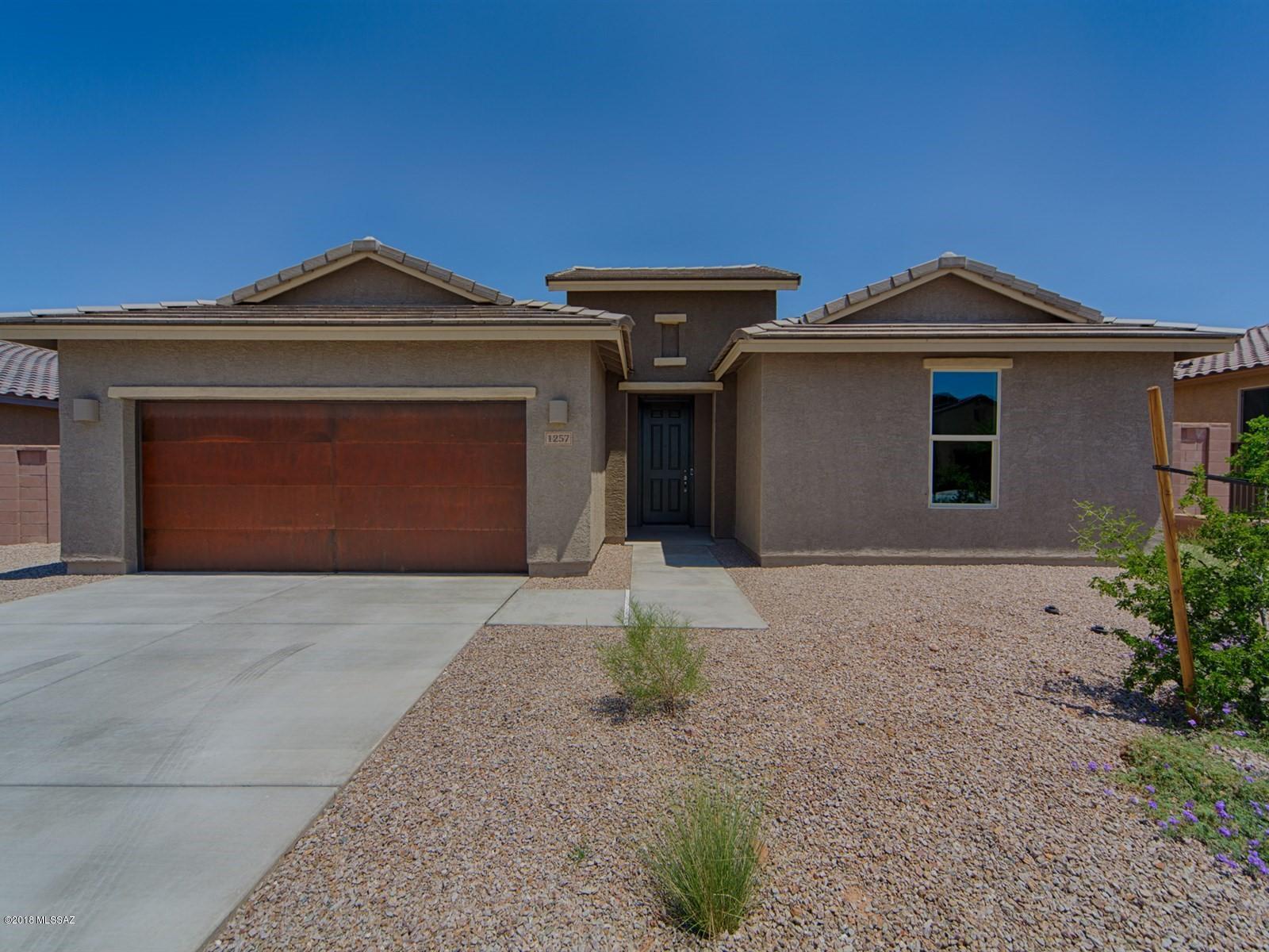 1257 E Stronghold Canyon Lane Sahuarita, AZ 85629
