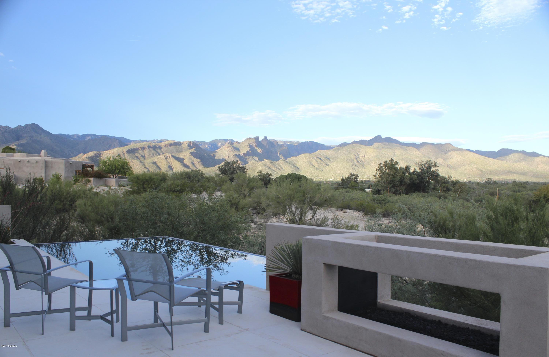 Photo of 3890 N Canyon Ranch Drive, Tucson, AZ 85750