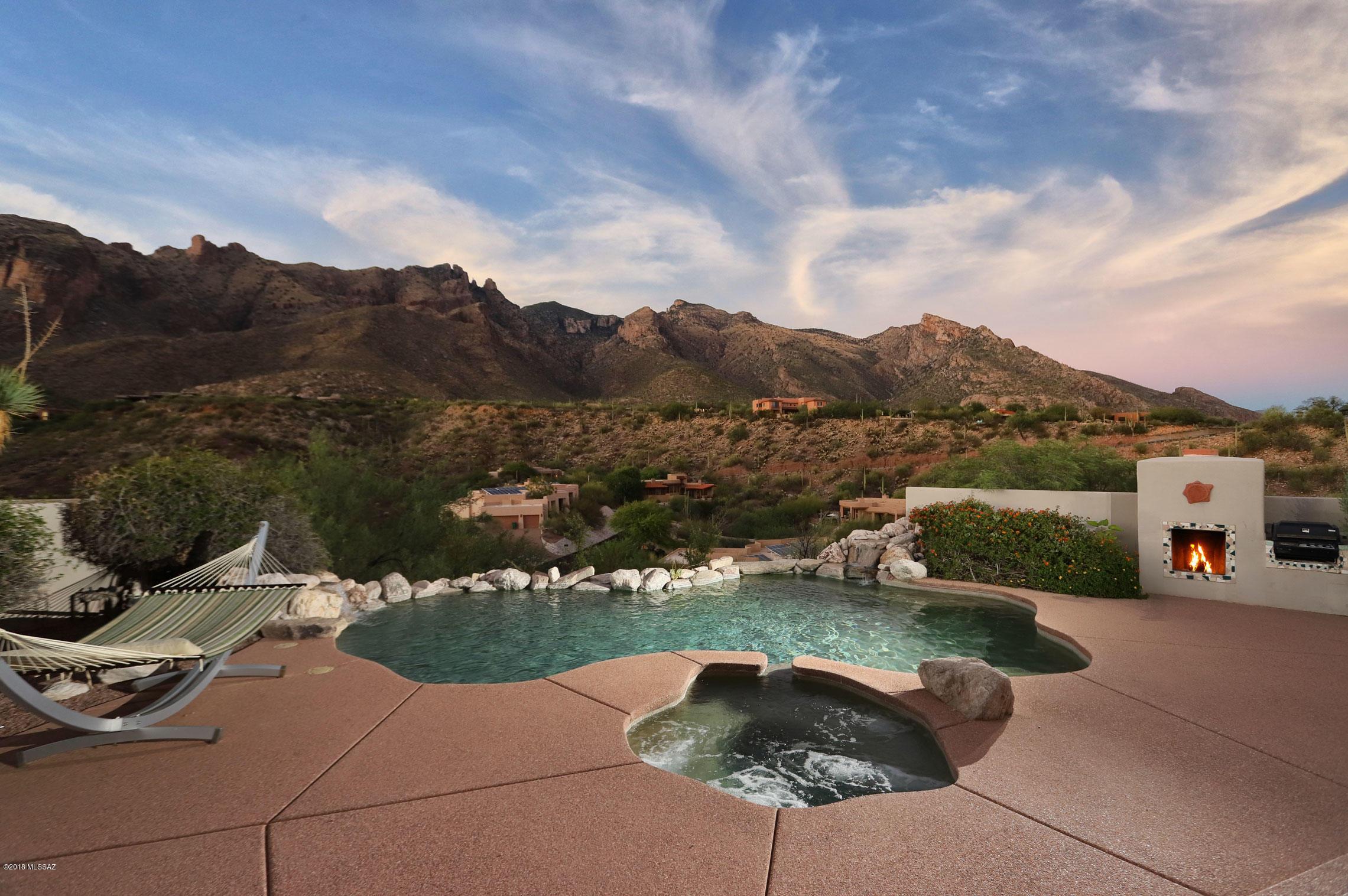 Photo of 3600 E Windy Point Drive, Tucson, AZ 85718