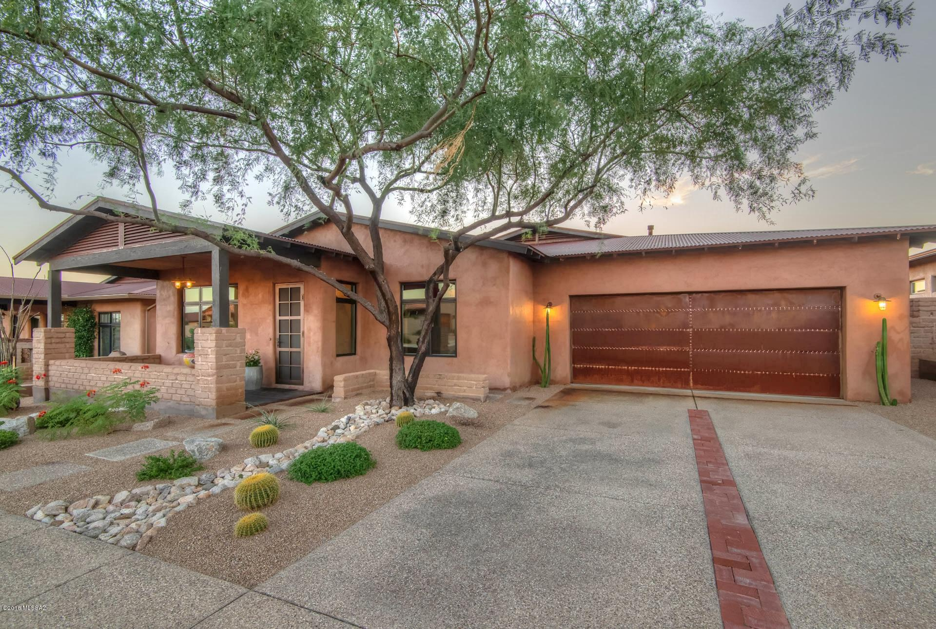 11651 N Adobe Village Place Marana, AZ 85658