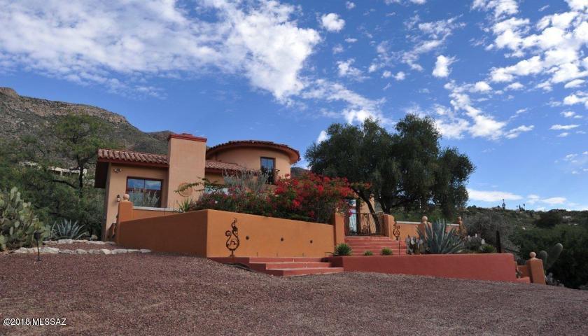 Photo of 4701 E Winged Foot Drive, Tucson, AZ 85718