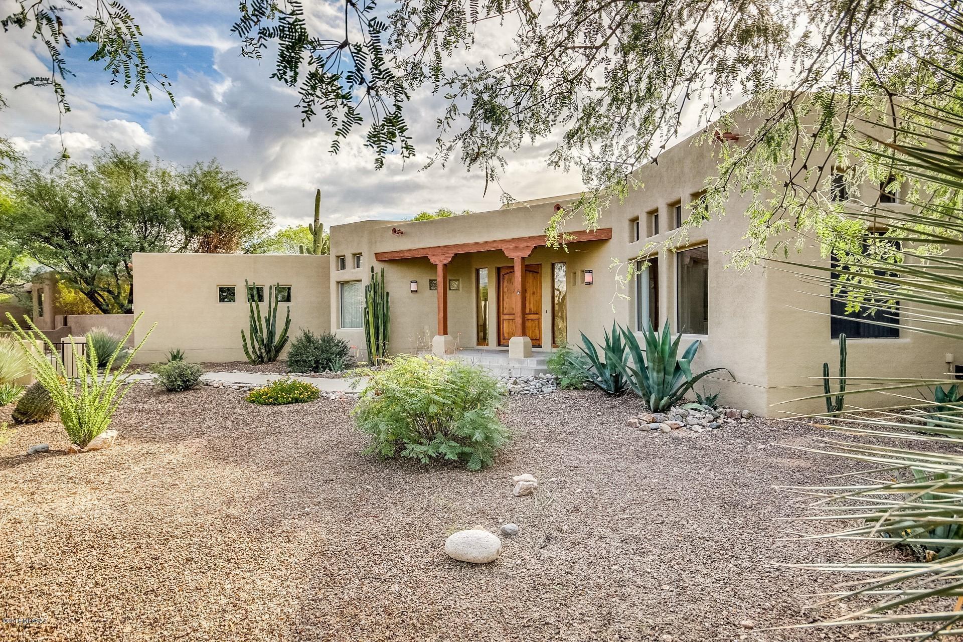 Photo of 12364 E Lou Bock Place, Tucson, AZ 85749