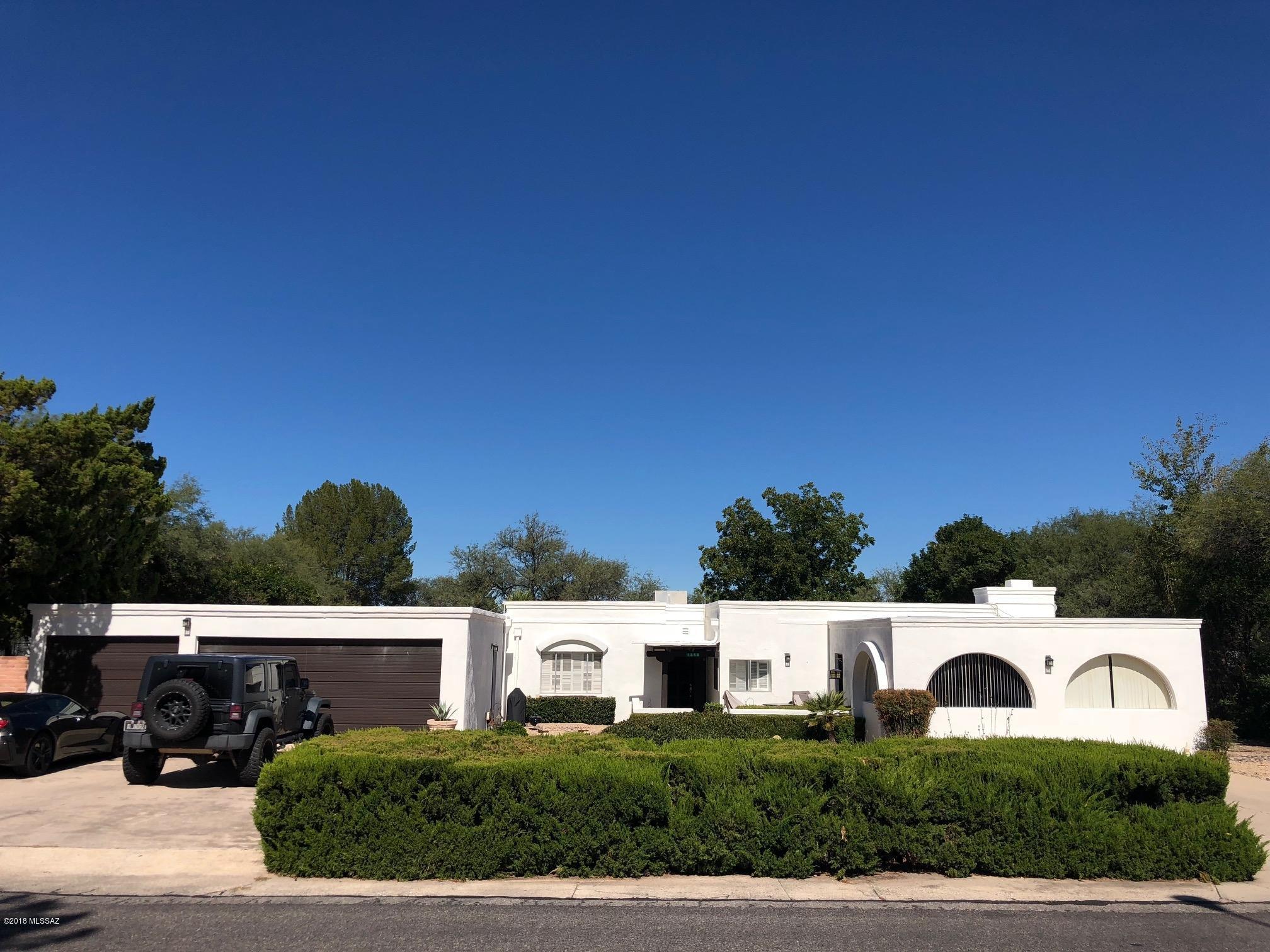 Photo of 1858 W Meadow Hills Drive, Nogales, AZ 85621