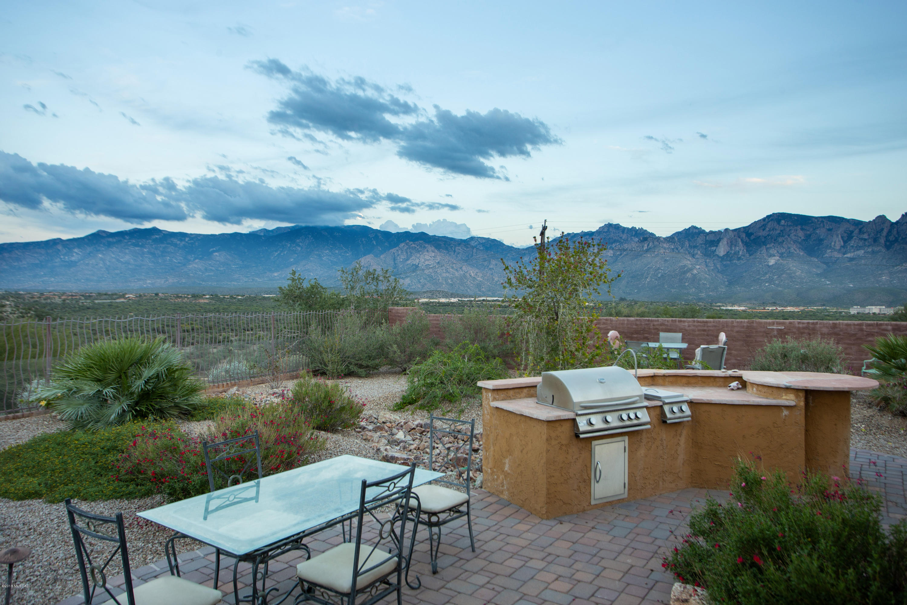 Photo of 13090 N Artifact Canyon Lane, Oro Valley, AZ 85755