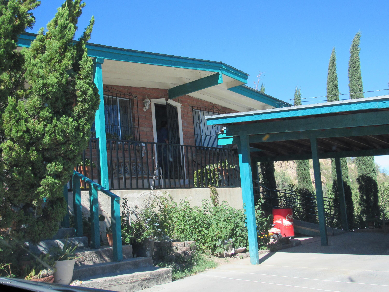 Photo of 311 N Wayside Drive, Nogales, AZ 85621