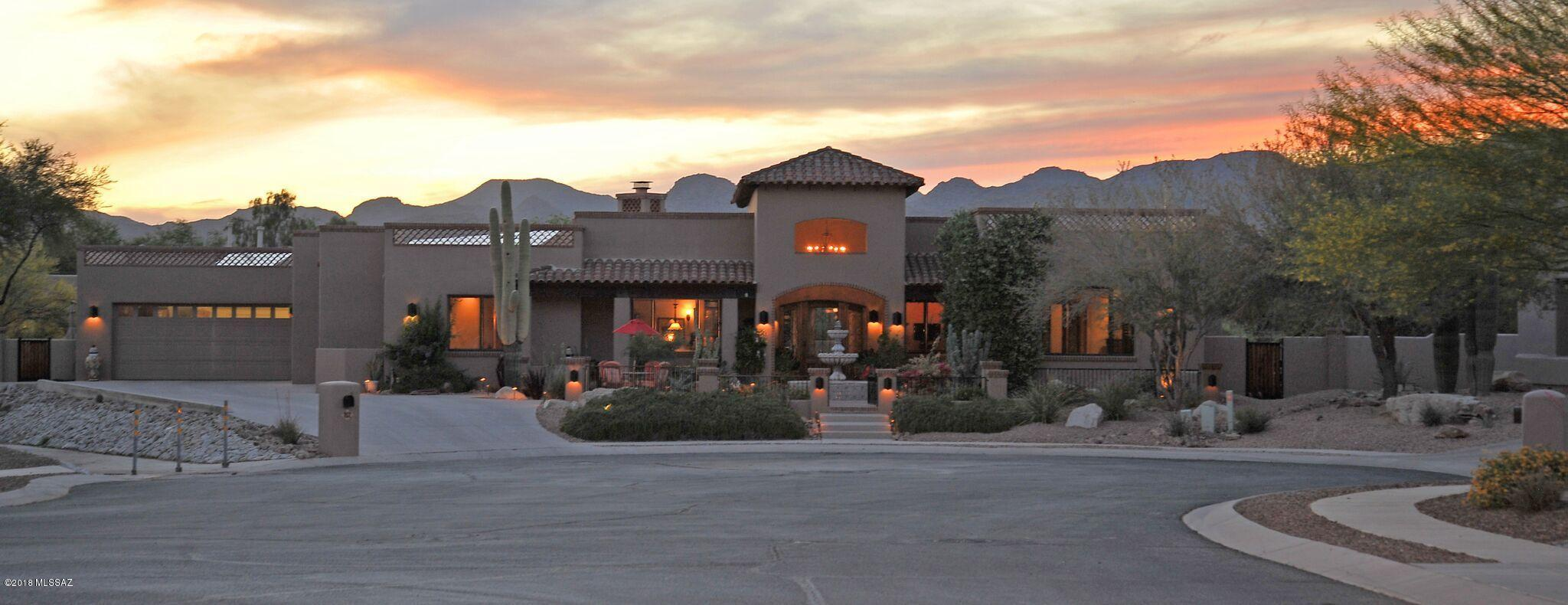 Photo of 752 W Bright Canyon Drive, Oro Valley, AZ 85755