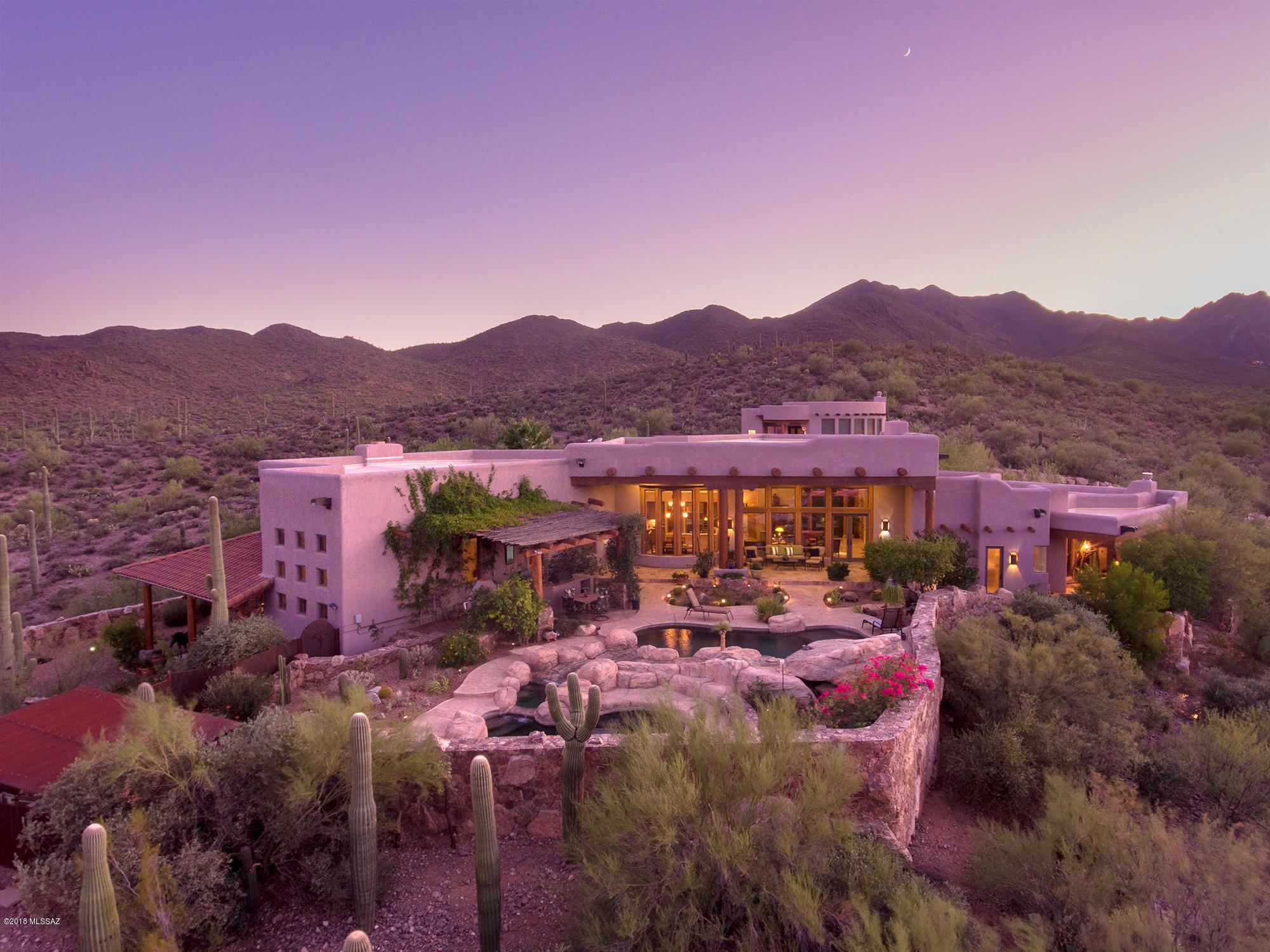 Photo of 5153 W Saguaro Cliffs Drive, Tucson, AZ 85745