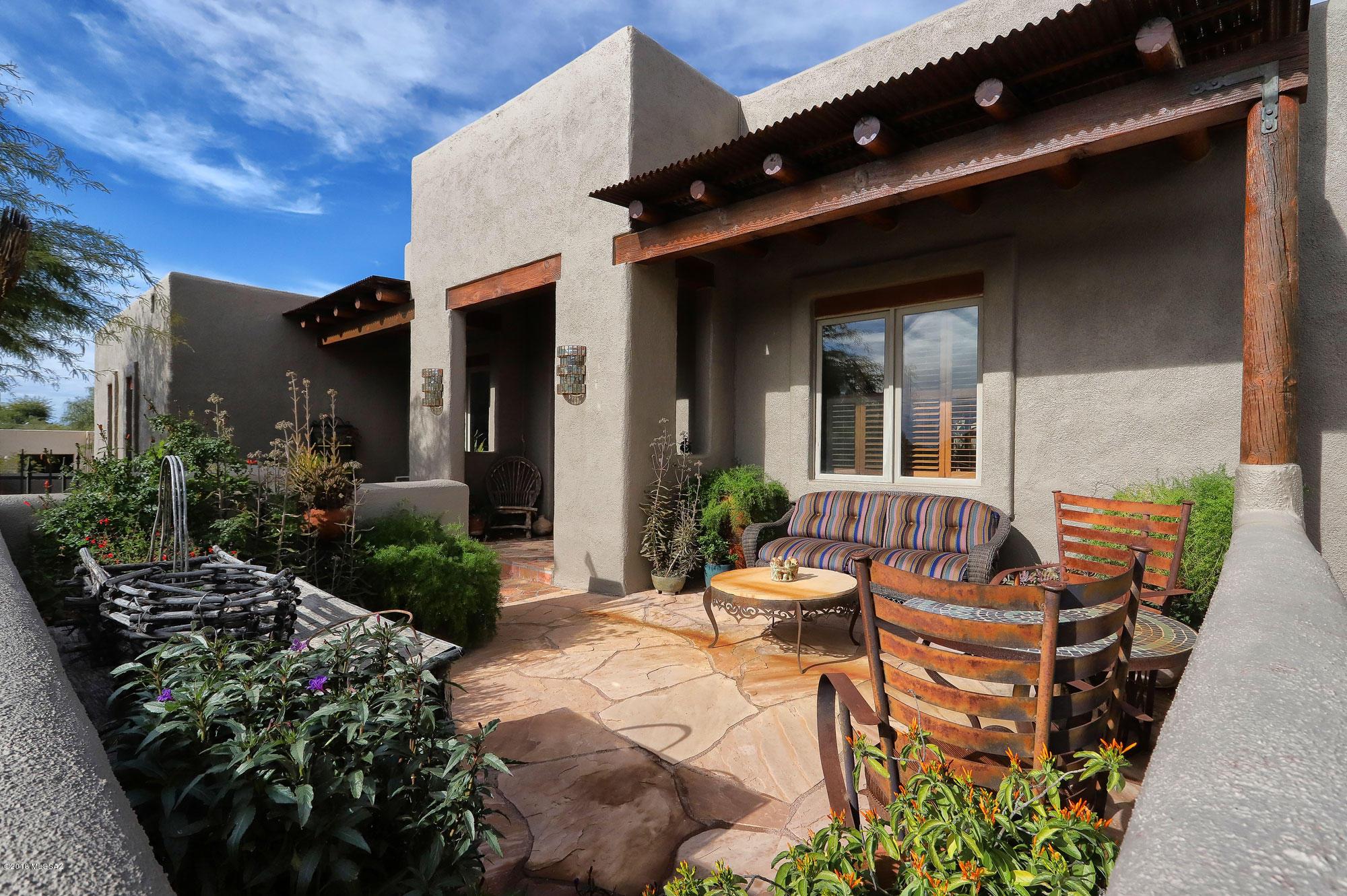 9275 E Bradley Place Tucson, AZ 85710