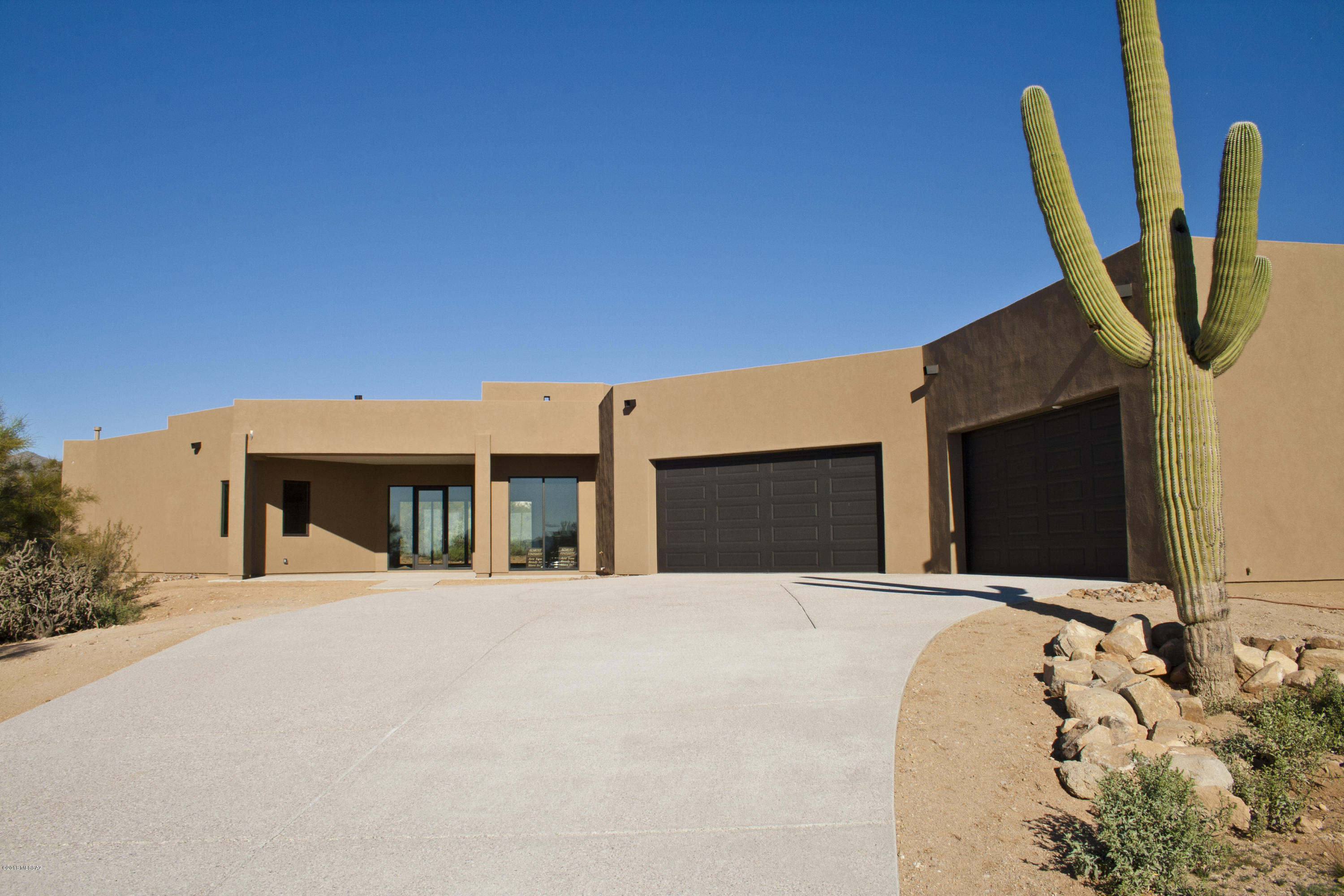 Photo of 6067 W Quail Nest Place, Marana, AZ 85658