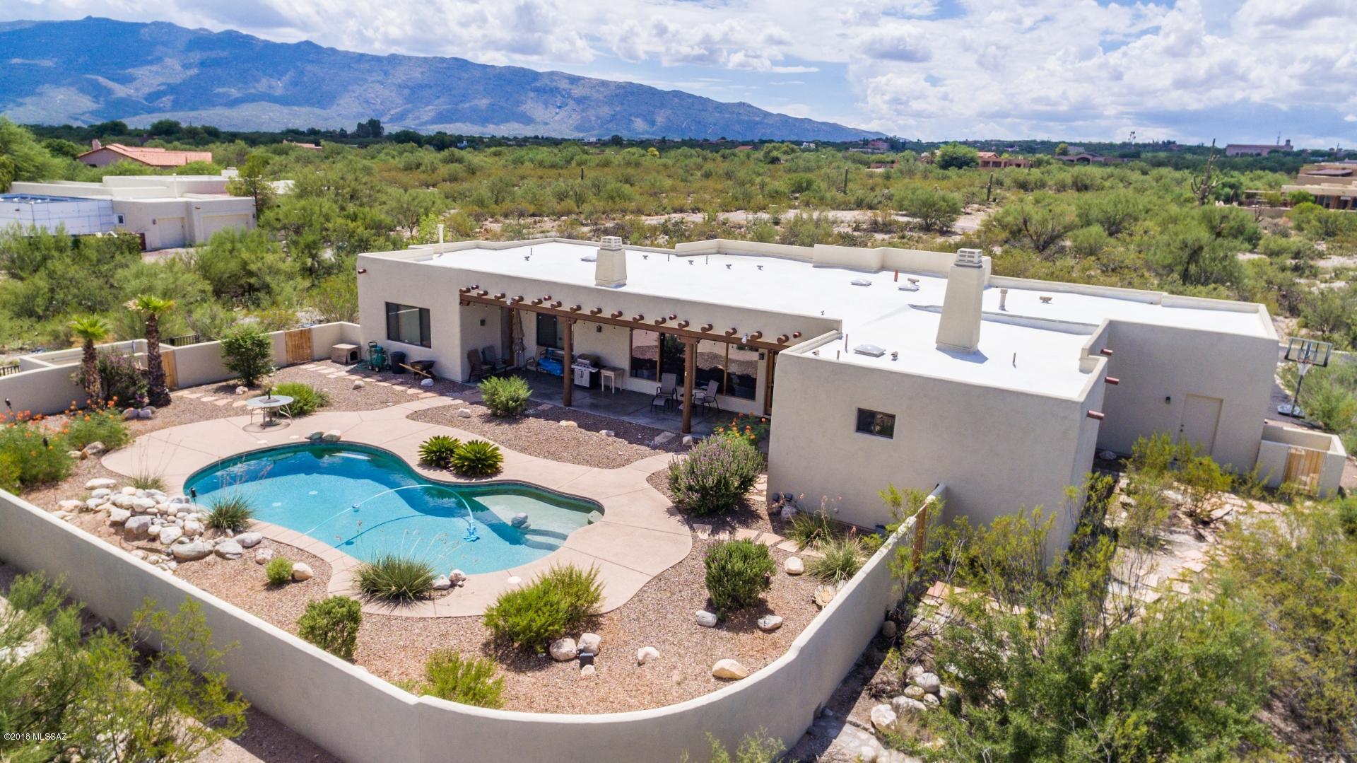 890 N Tanque Verde Loop Road Tucson, AZ 85748