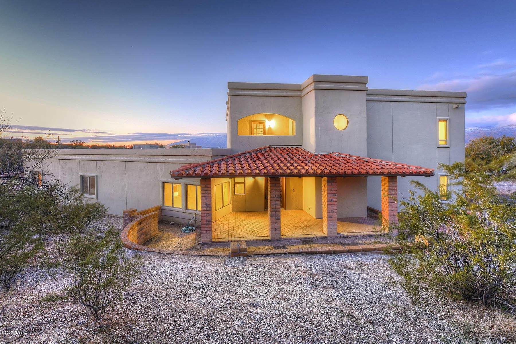 761 N Lazy J Way Tucson, AZ 85748