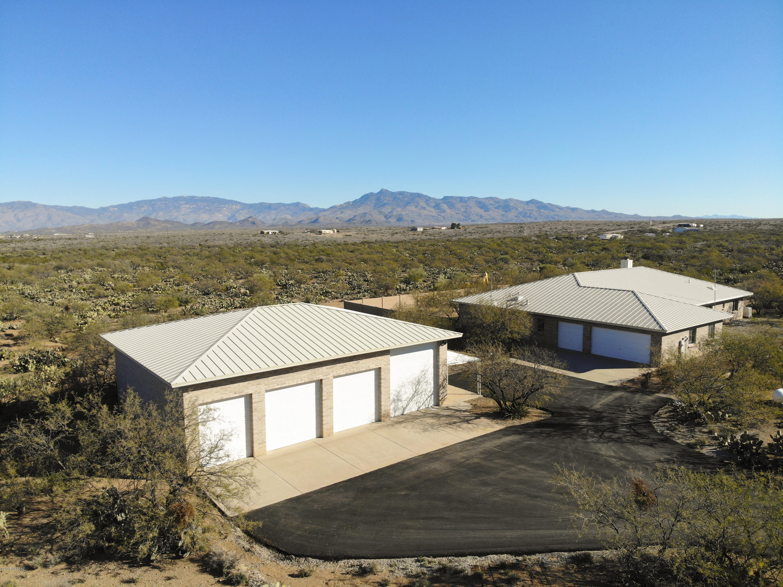 955 N Slate Drive Vail, AZ 85641