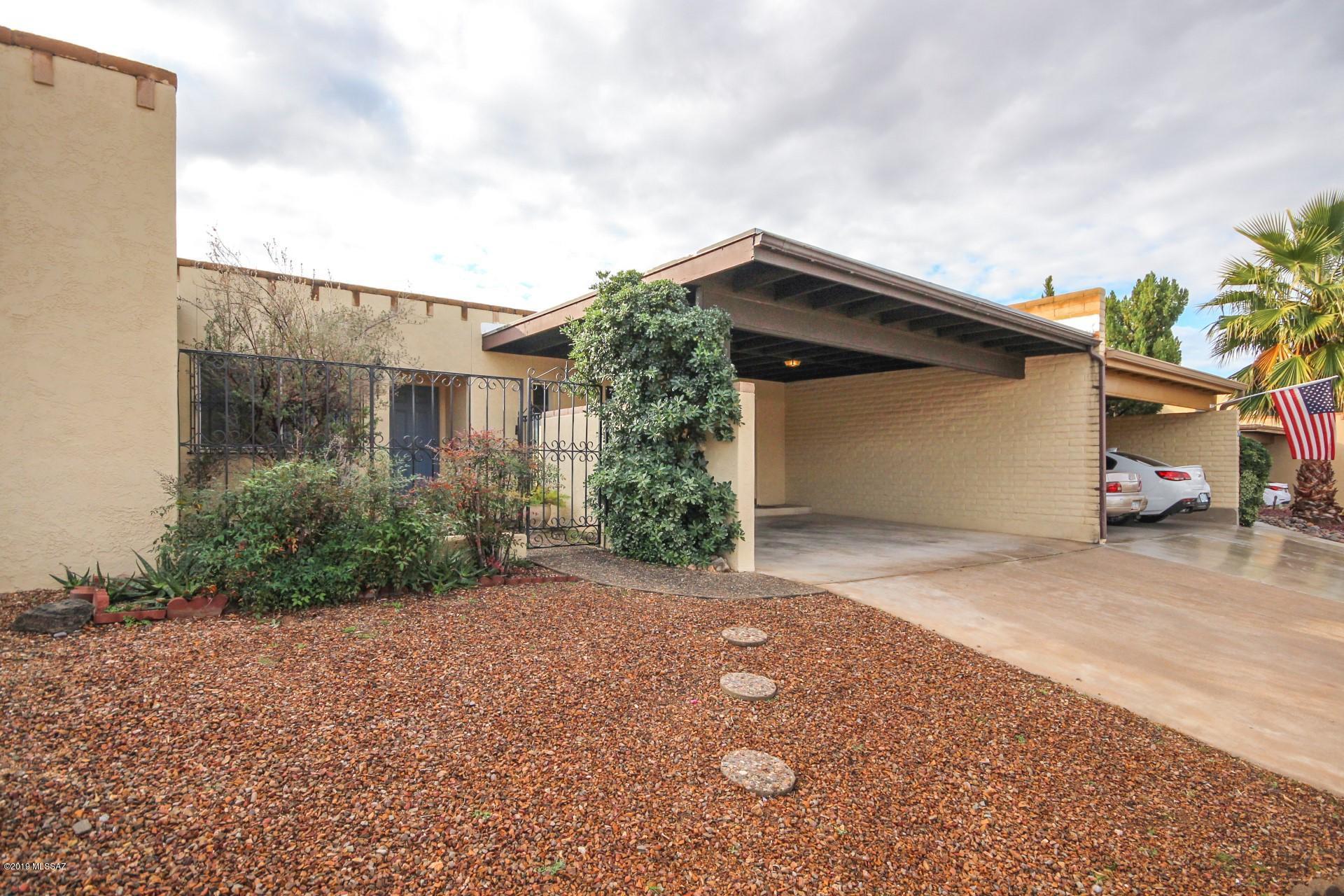 39 W Oro Place Tucson, AZ 85737
