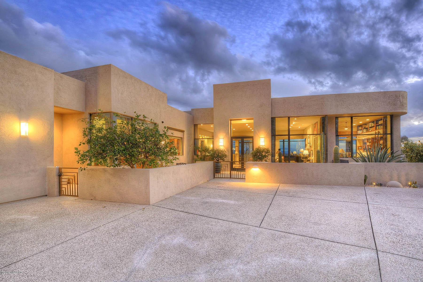 4970 E Oakmont Drive Tucson, AZ 85718