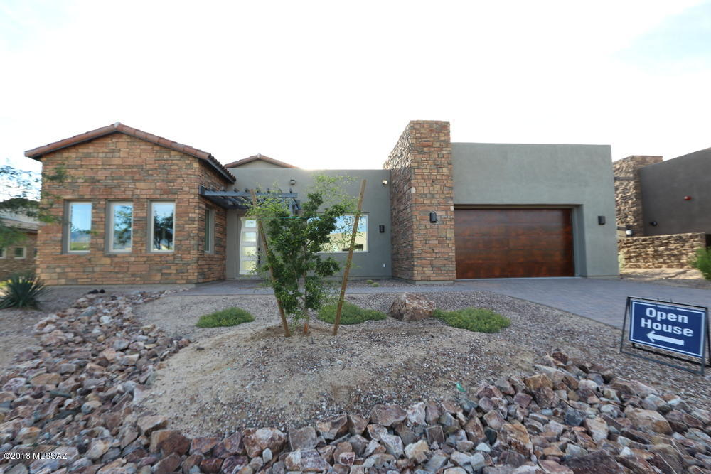 Photo of 14241 N Hidden Enclave Place, Oro Valley, AZ 85755