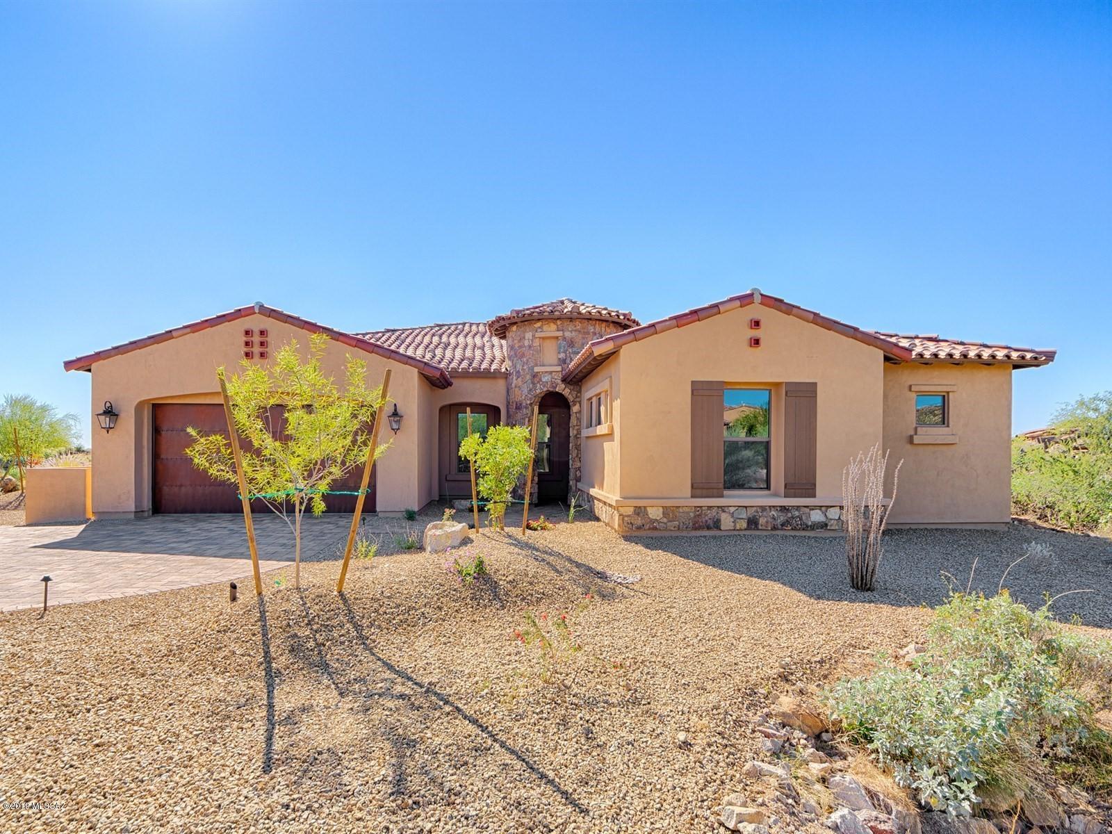 Photo of 465 W Echo Point Place, Oro Valley, AZ 85755