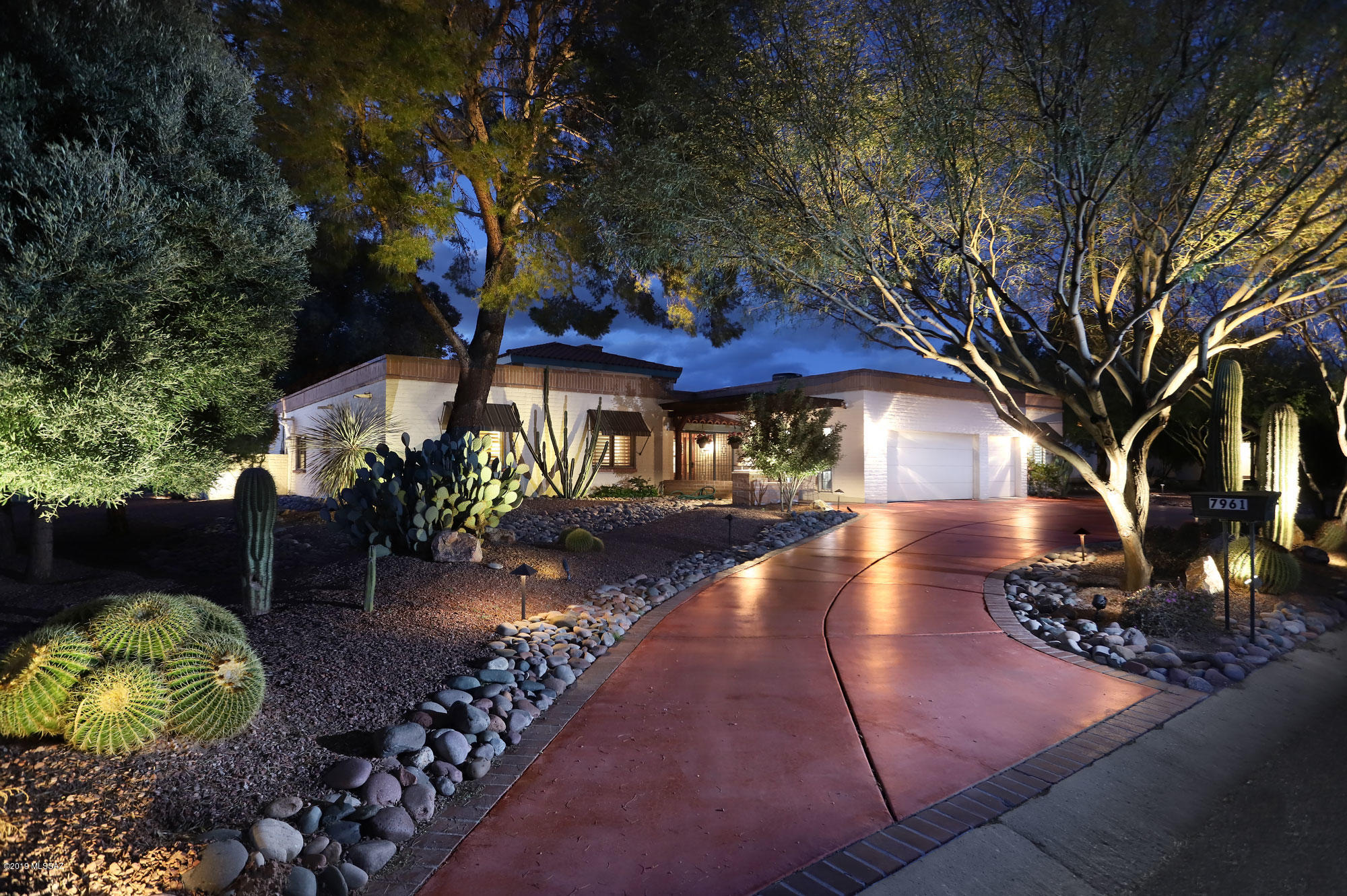 Photo of 7961 N Tuscany Drive, Tucson, AZ 85742