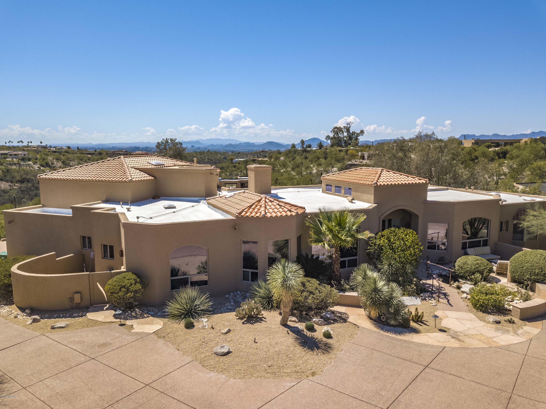 Photo of 5661 N Calle Mayapan, Tucson, AZ 85718