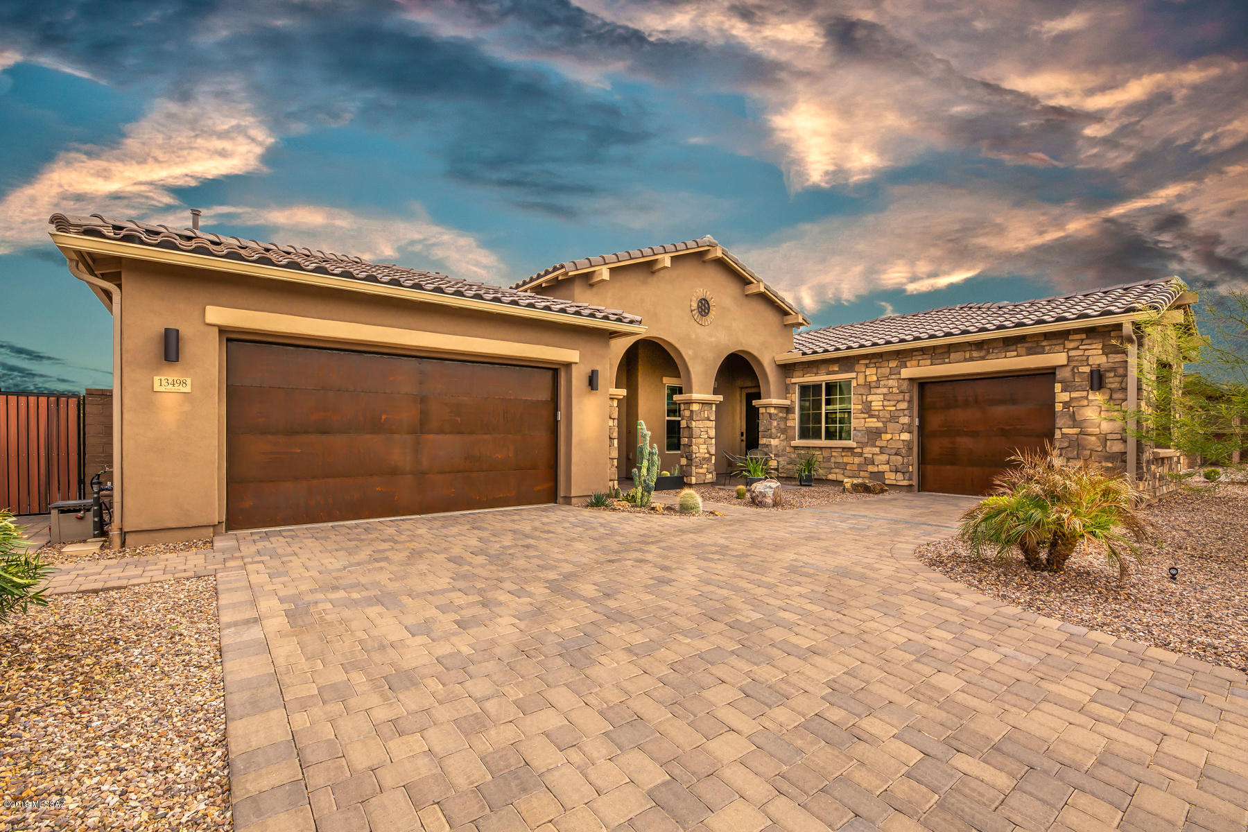 Photo of 13498 N Silver Cassia Place, Oro Valley, AZ 85755