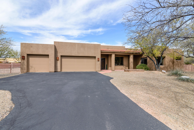 Photo of 2473 N Barnwall Court, Tucson, AZ 85749