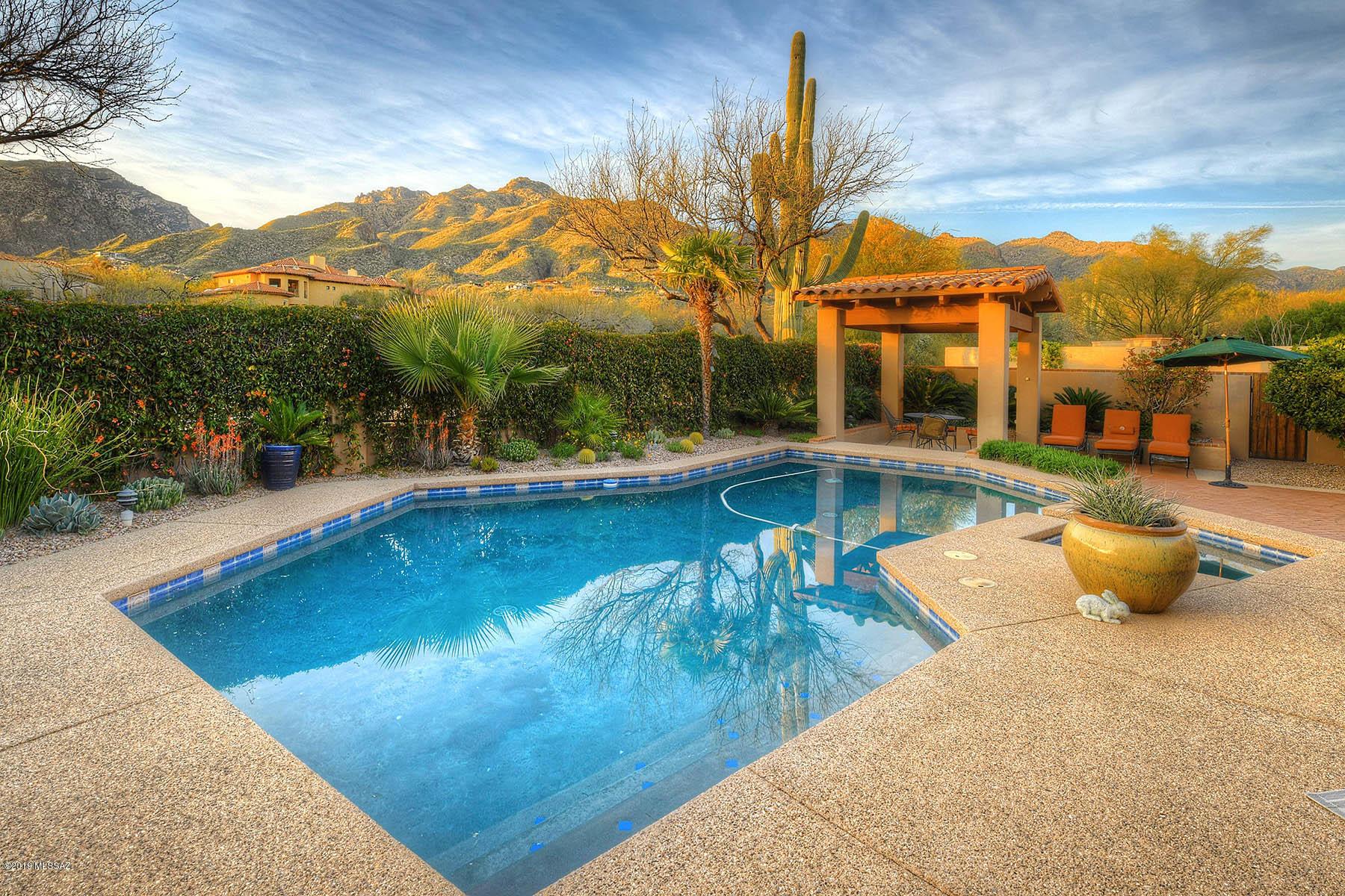 7231 E Desert Moon Loop Tucson, AZ 85750