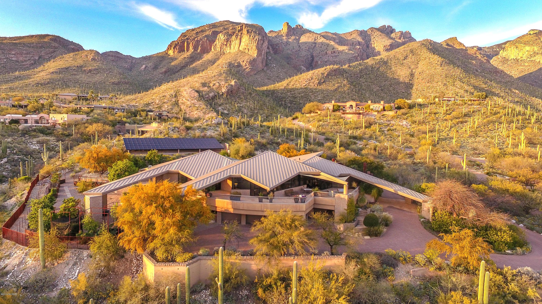 Photo of 7403 N Secret Canyon Drive, Tucson, AZ 85718