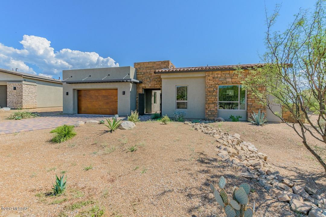 Photo of 940 W Enclave Canyon Court, Oro Valley, AZ 85755