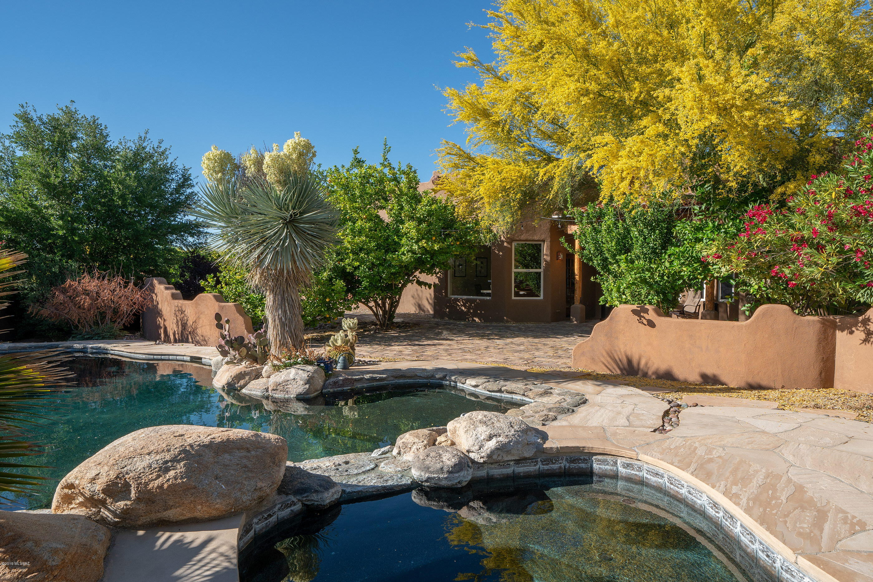 Photo of 6873 N Placita Chula Vista, Tucson, AZ 85704