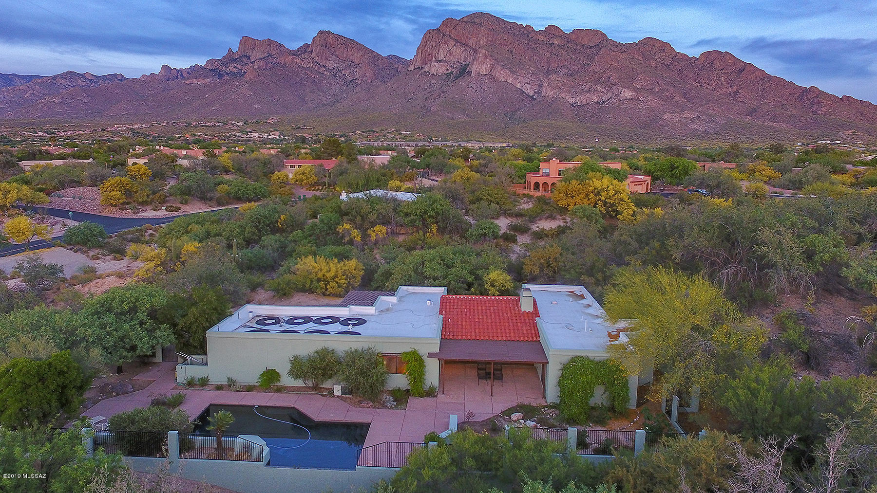 Photo of 9955 N Desert Sky Road, Oro Valley, AZ 85737