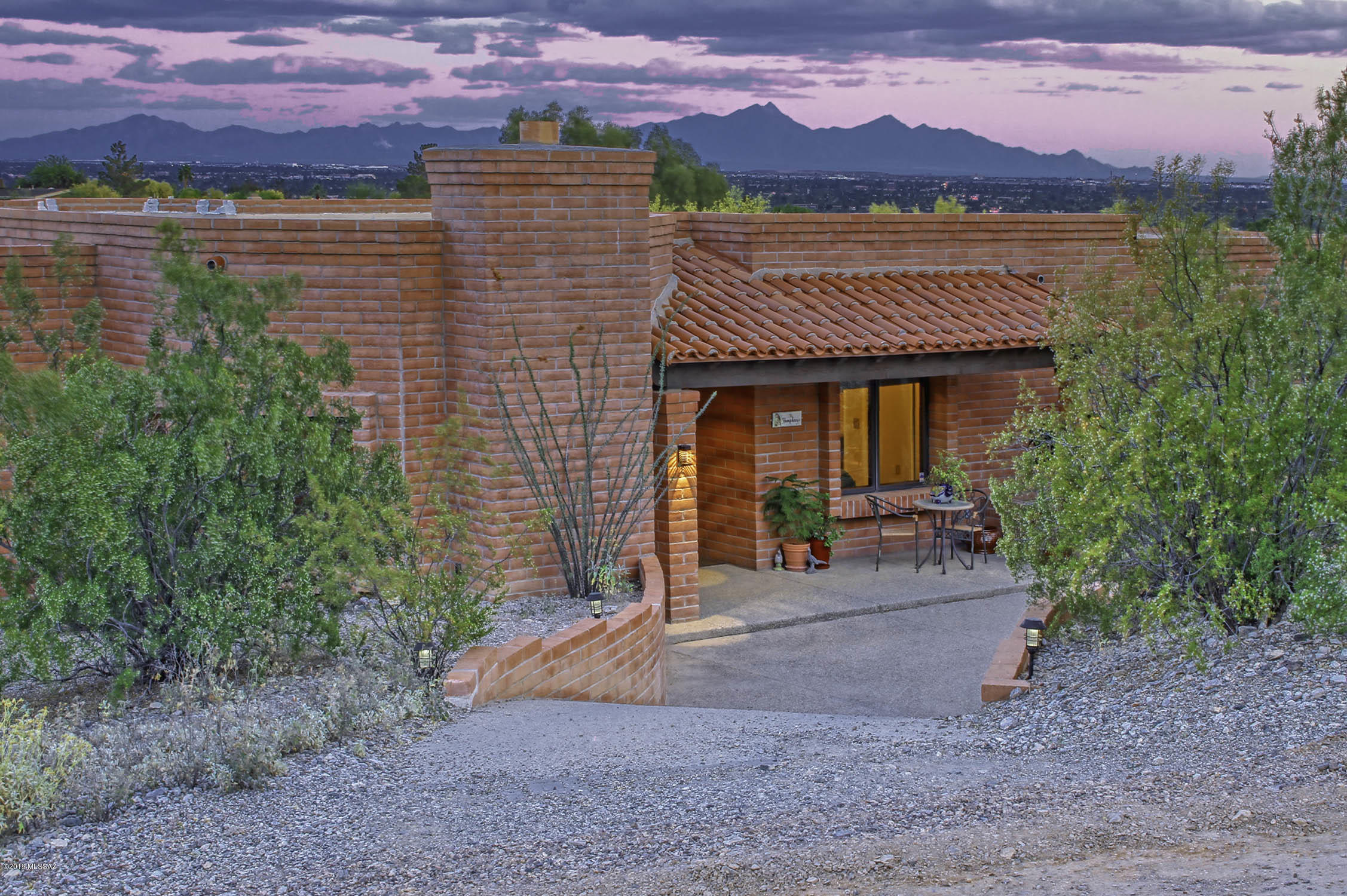 Photo of 5130 N Camino Esplendora, Tucson, AZ 85718