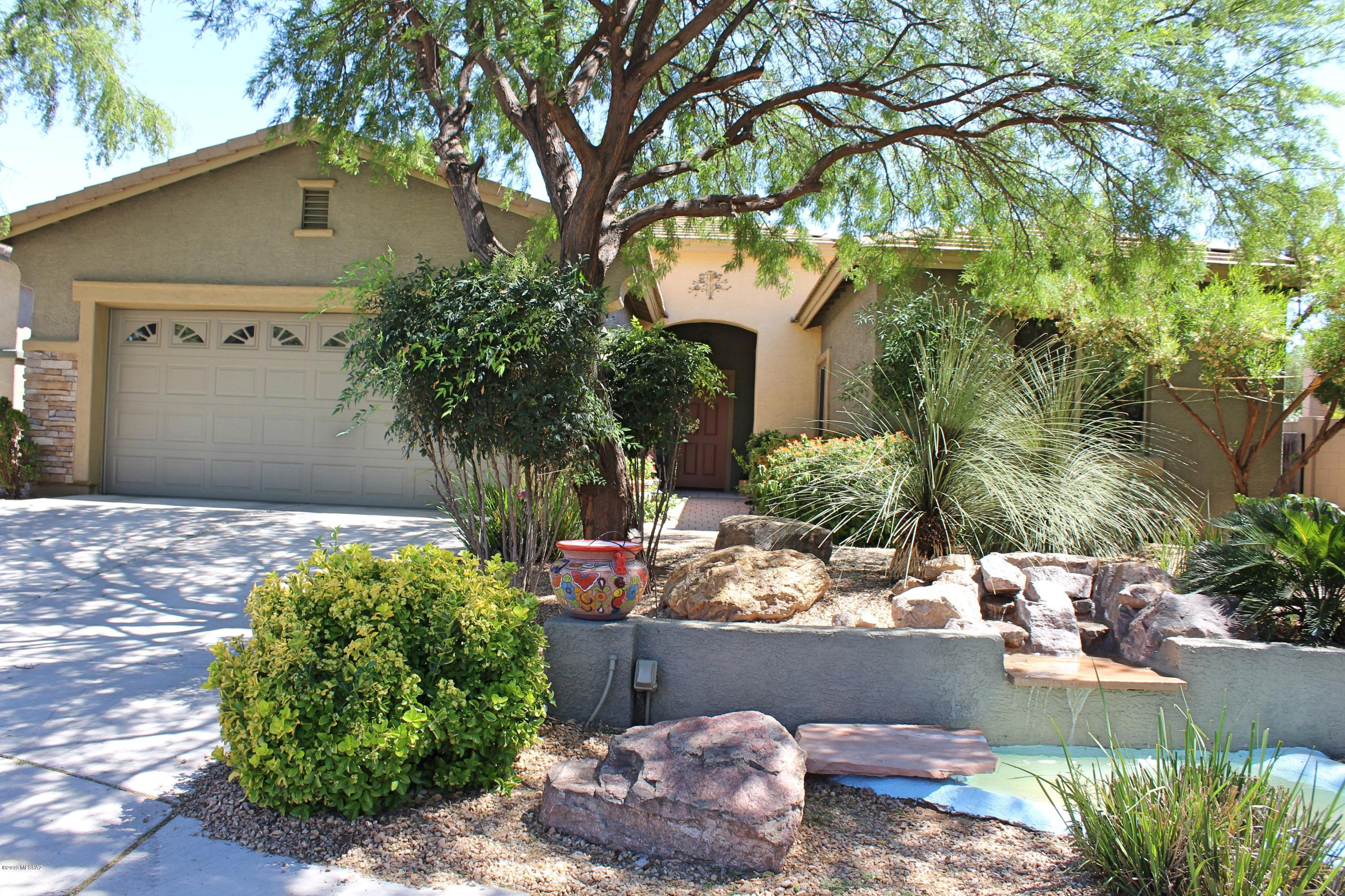 Photo of 862 E Gunsight Mountain Place, Sahuarita, AZ 85629