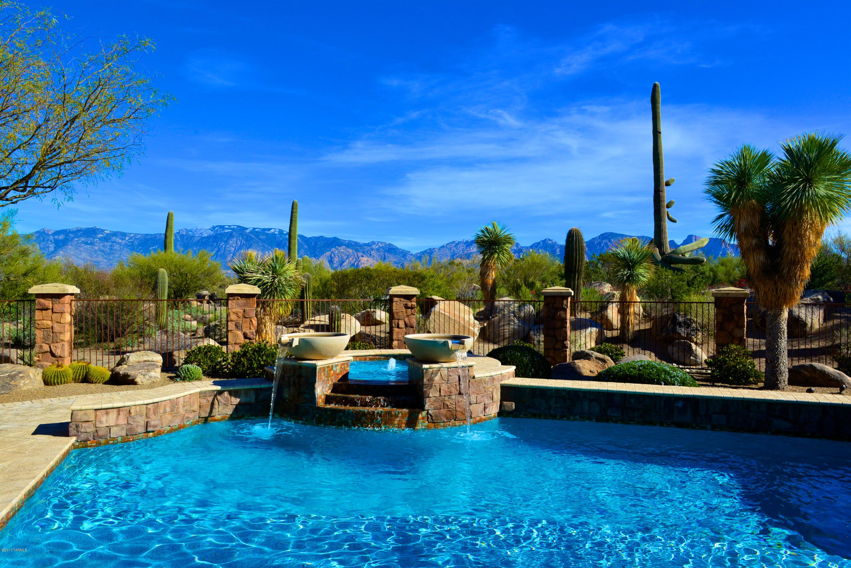 Photo of 462 W Tortolita Mountain Circle, Oro Valley, AZ 85755