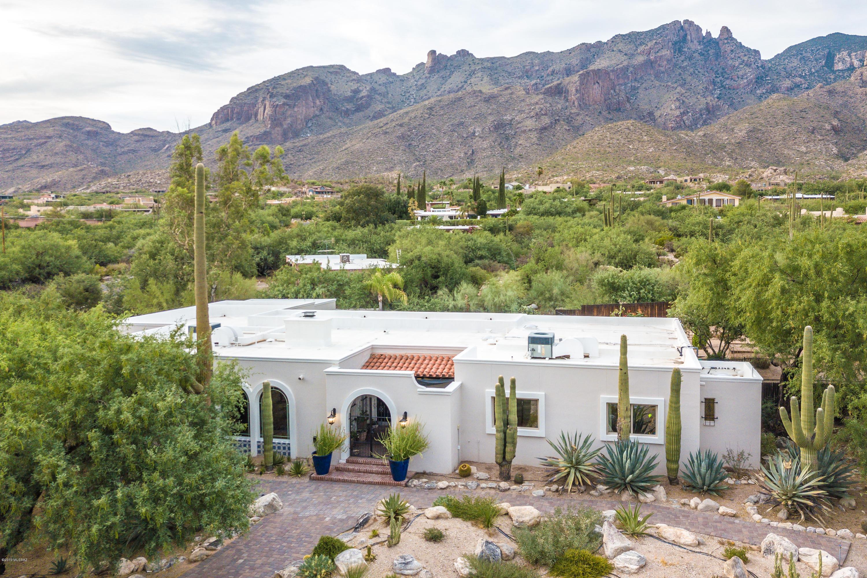 Photo of 6920 N Alvernon Way, Tucson, AZ 85718
