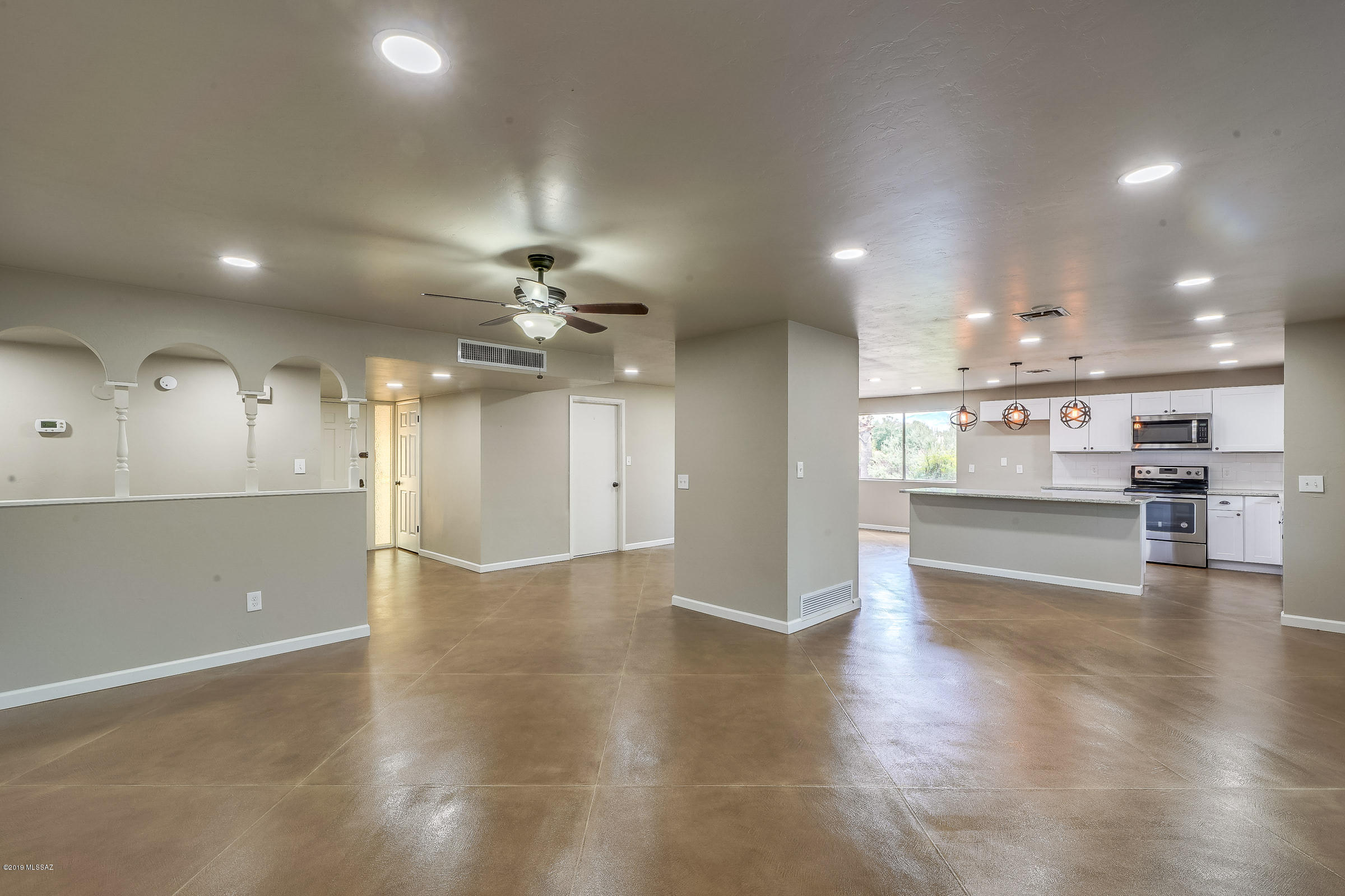 Photo of 2101 S Palm Springs Drive, Tucson, AZ 85710