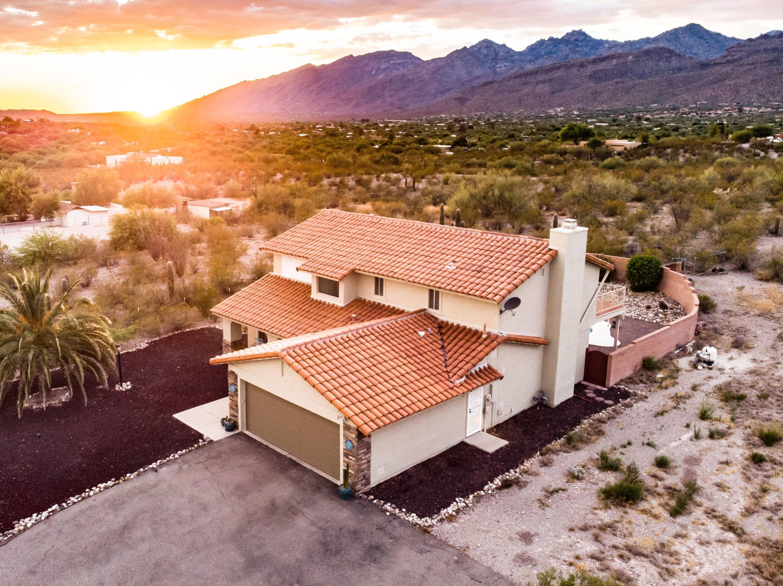 Photo of 10725 E Calle Vaqueros, Tucson, AZ 85749