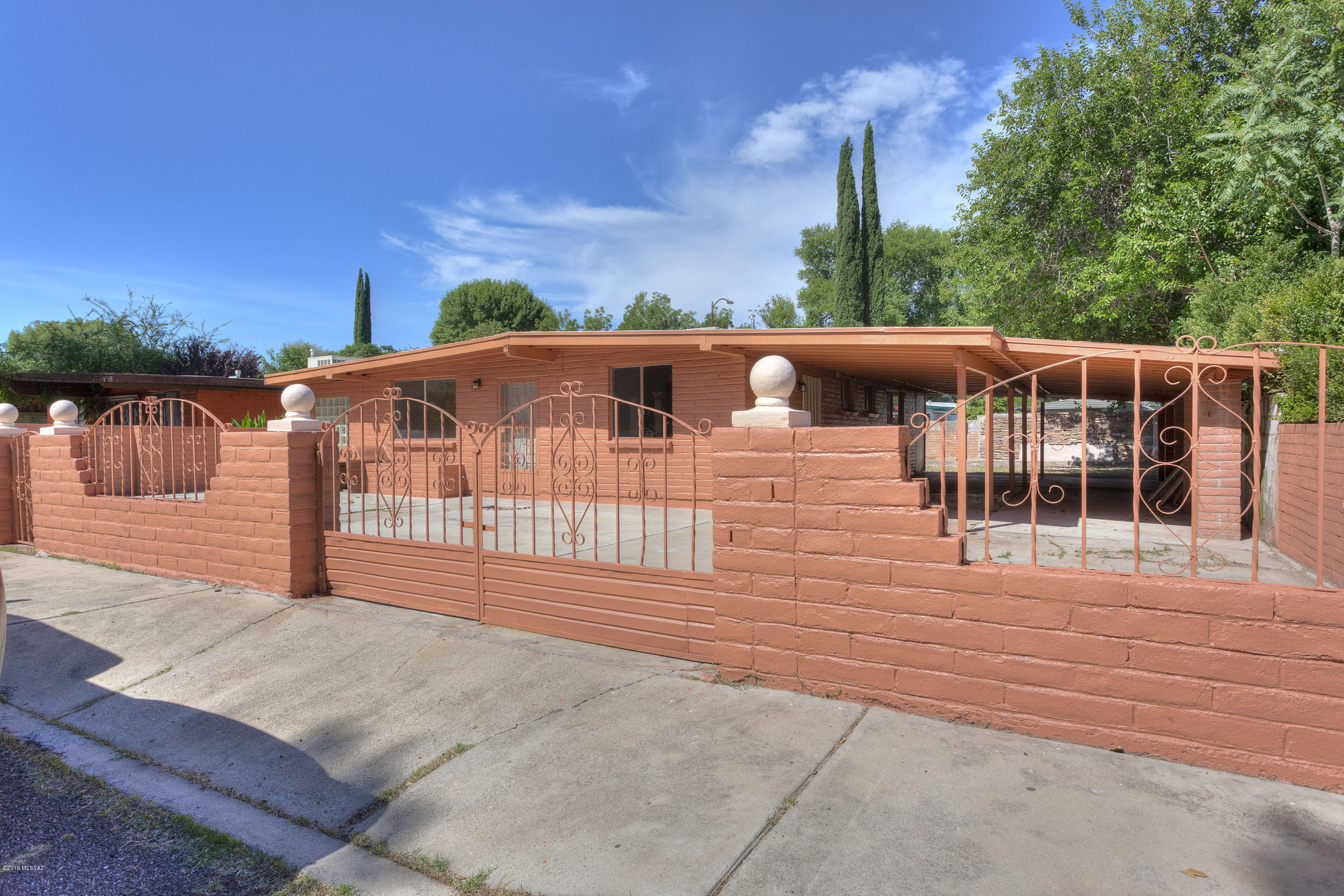 Photo of 57 Chula Vista Lane, Nogales, AZ 85621