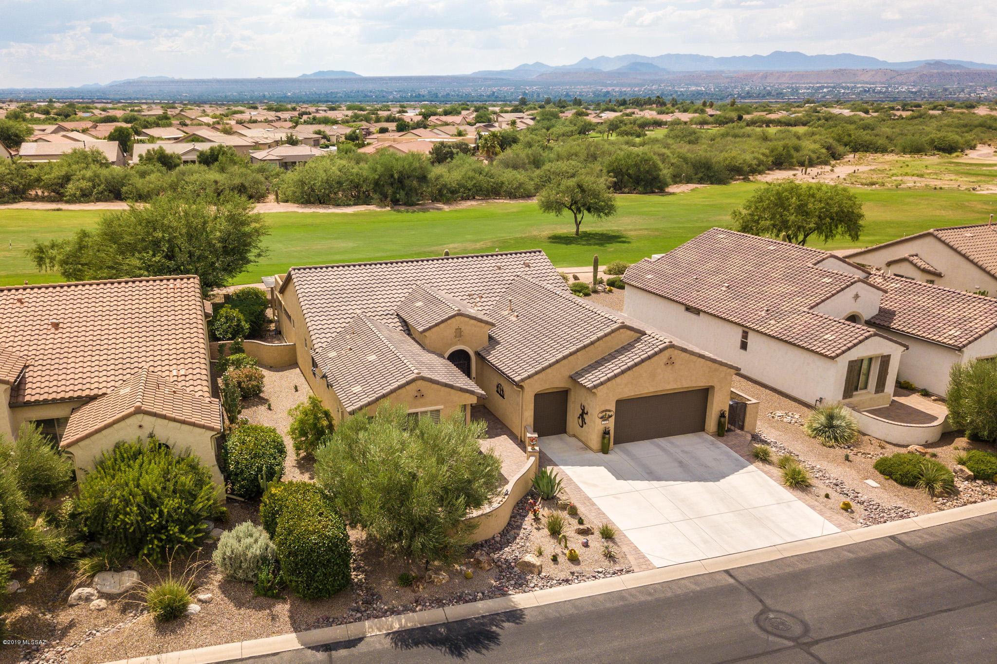 Photo of 2550 E Glen Canyon Road, Green Valley, AZ 85614