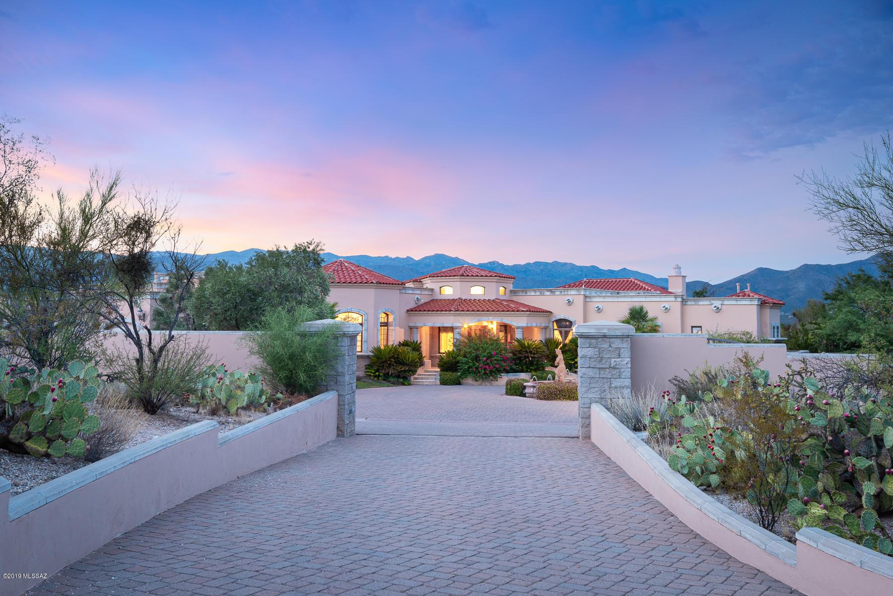 Photo of 11601 E Lusitano Place, Tucson, AZ 85748