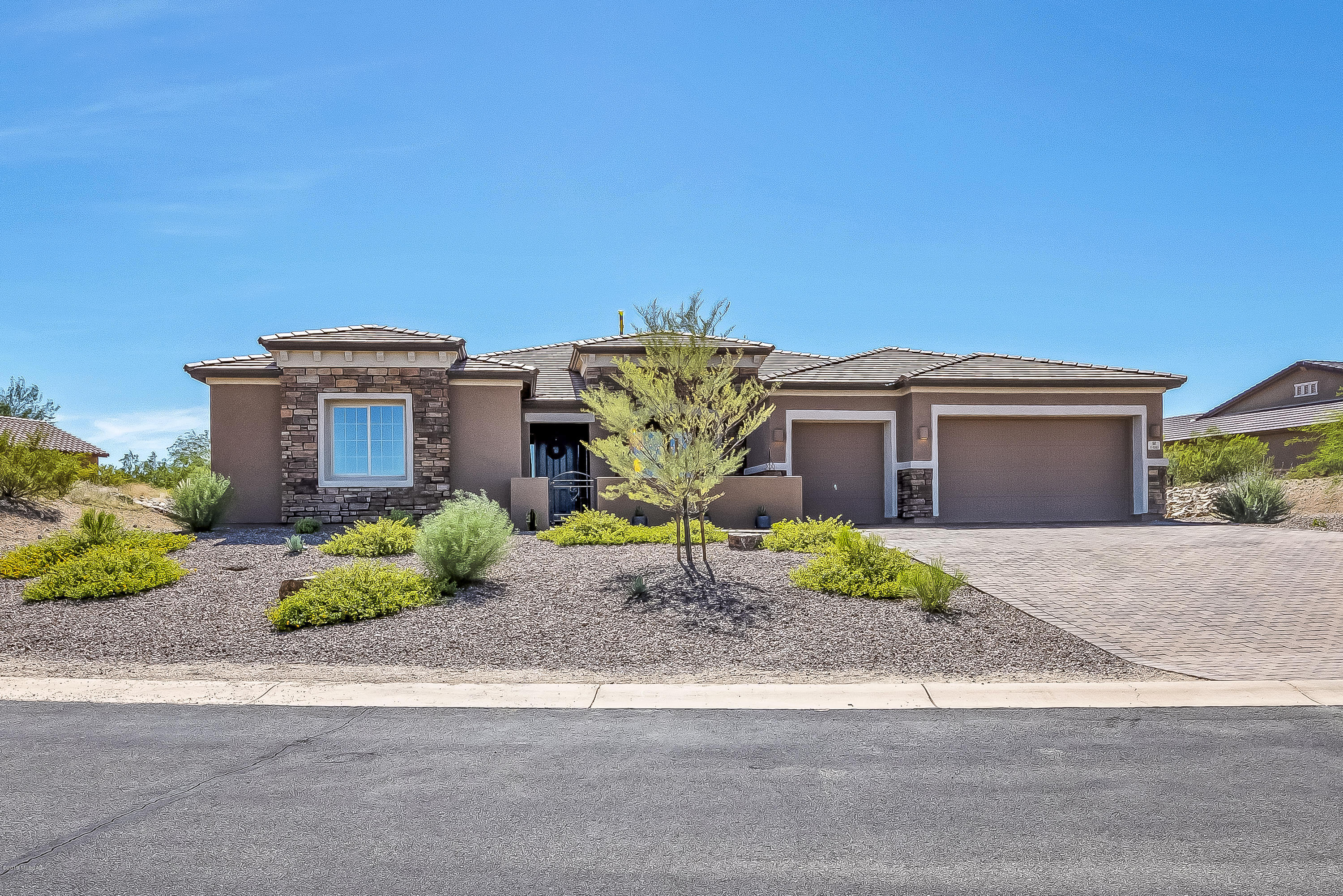 Photo of 1380 E Madera Estates Lane, Sahuarita, AZ 85629