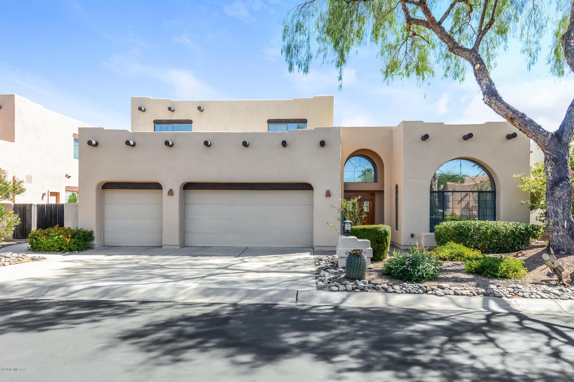 Photo of 10790 N La Quinta Drive, Tucson, AZ 85737