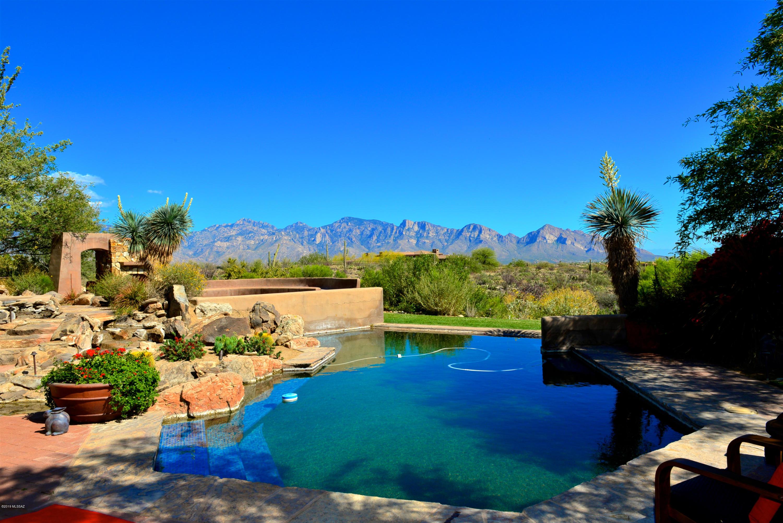 Photo of 931 W Tortolita Mountain Circle, Oro Valley, AZ 85755