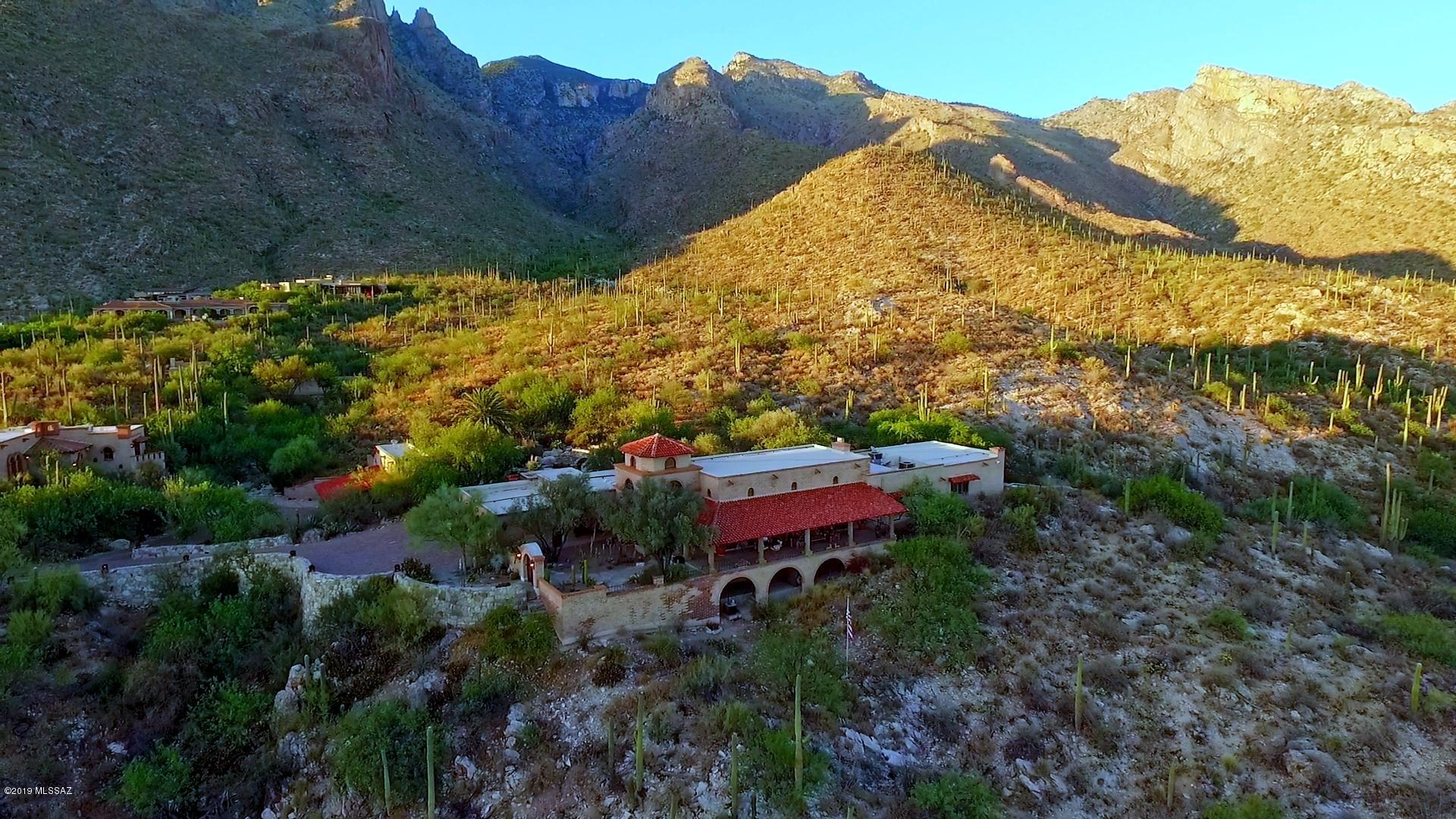 Photo of 7200 N Finger Rock Place, Tucson, AZ 85718