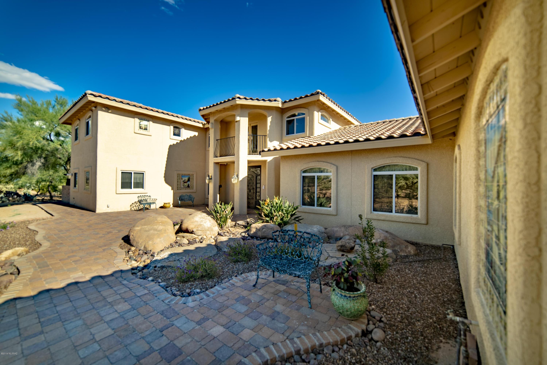 Photo of 1675 W Twin Buttes Road, Sahuarita, AZ 85629