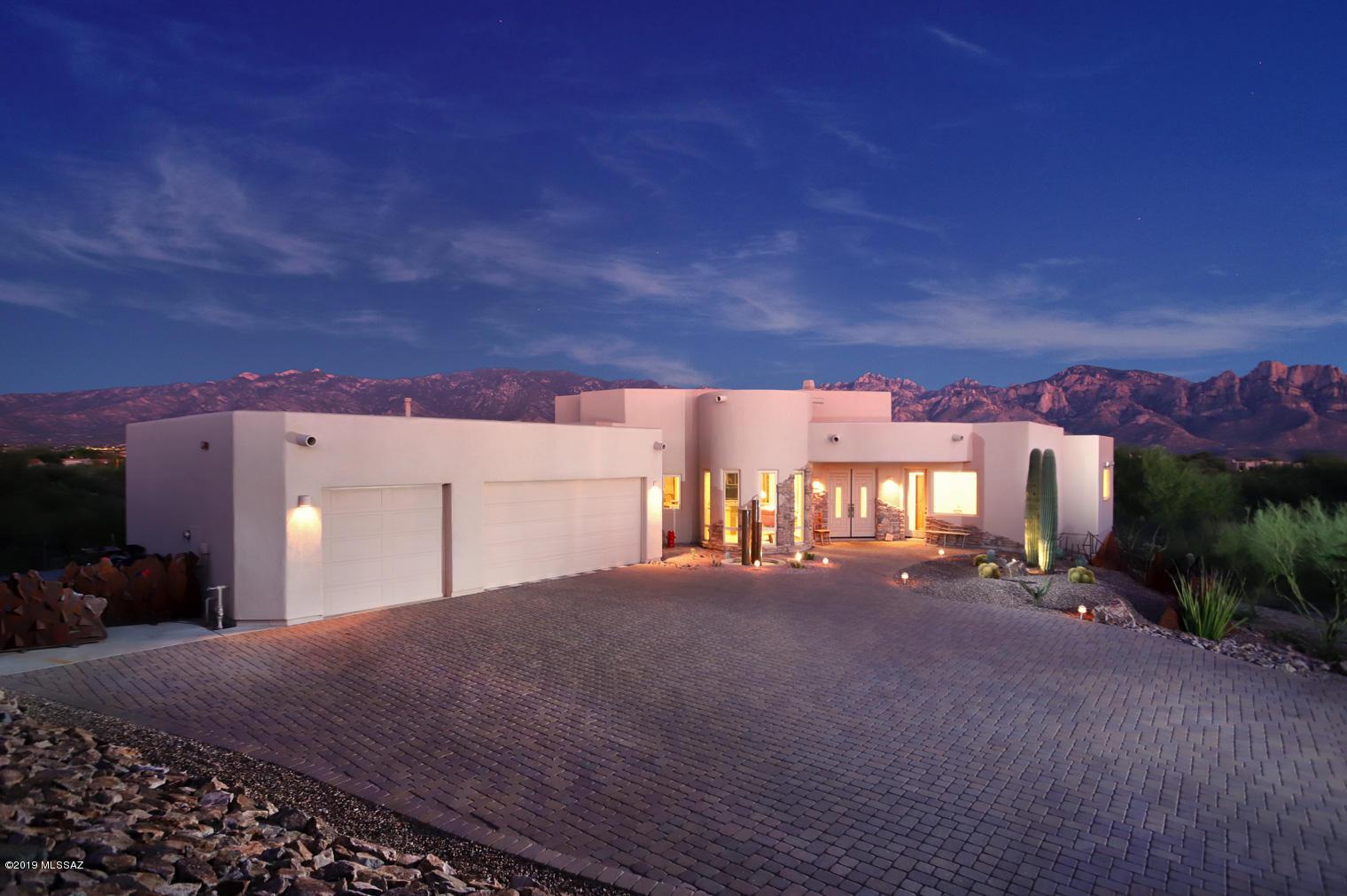 Photo of 13904 N Placita Meseta De Oro, Oro Valley, AZ 85755
