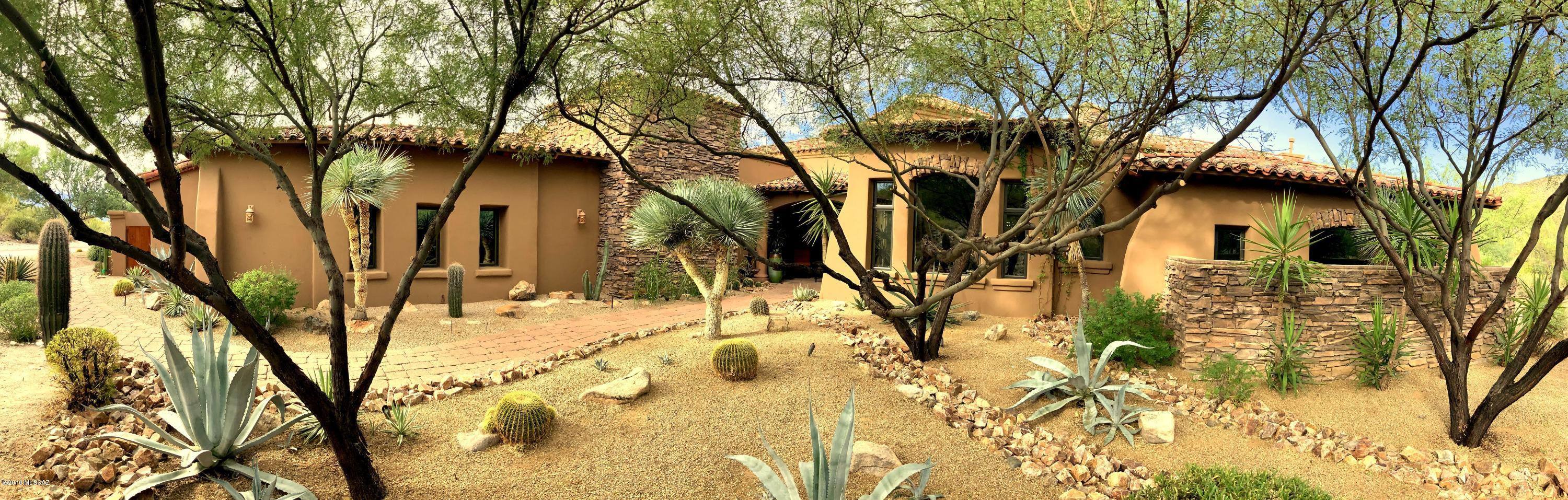 Photo of 14601 N Shaded Stone Place, Oro Valley, AZ 85755