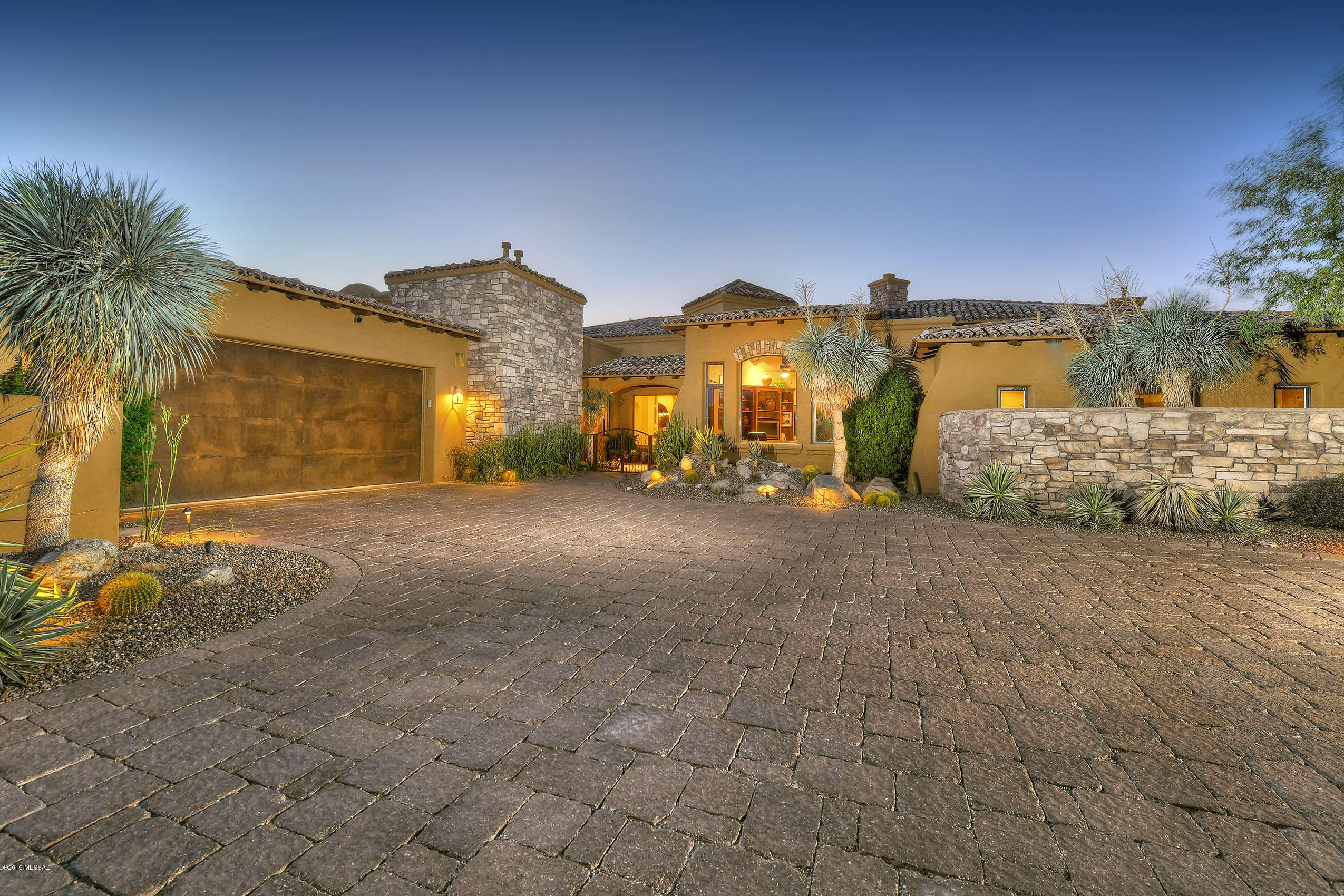 Photo of 14525 N Shaded Stone Place, Oro Valley, AZ 85755